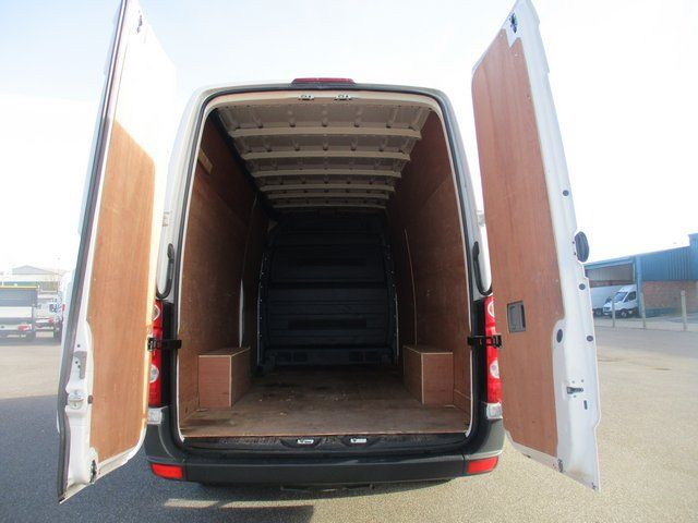 2016 Volkswagen Crafter CR35 LWB 2.0 TDI 136PS HIGH ROOF STARTLINE VAN  (GH16BUV) Image 7