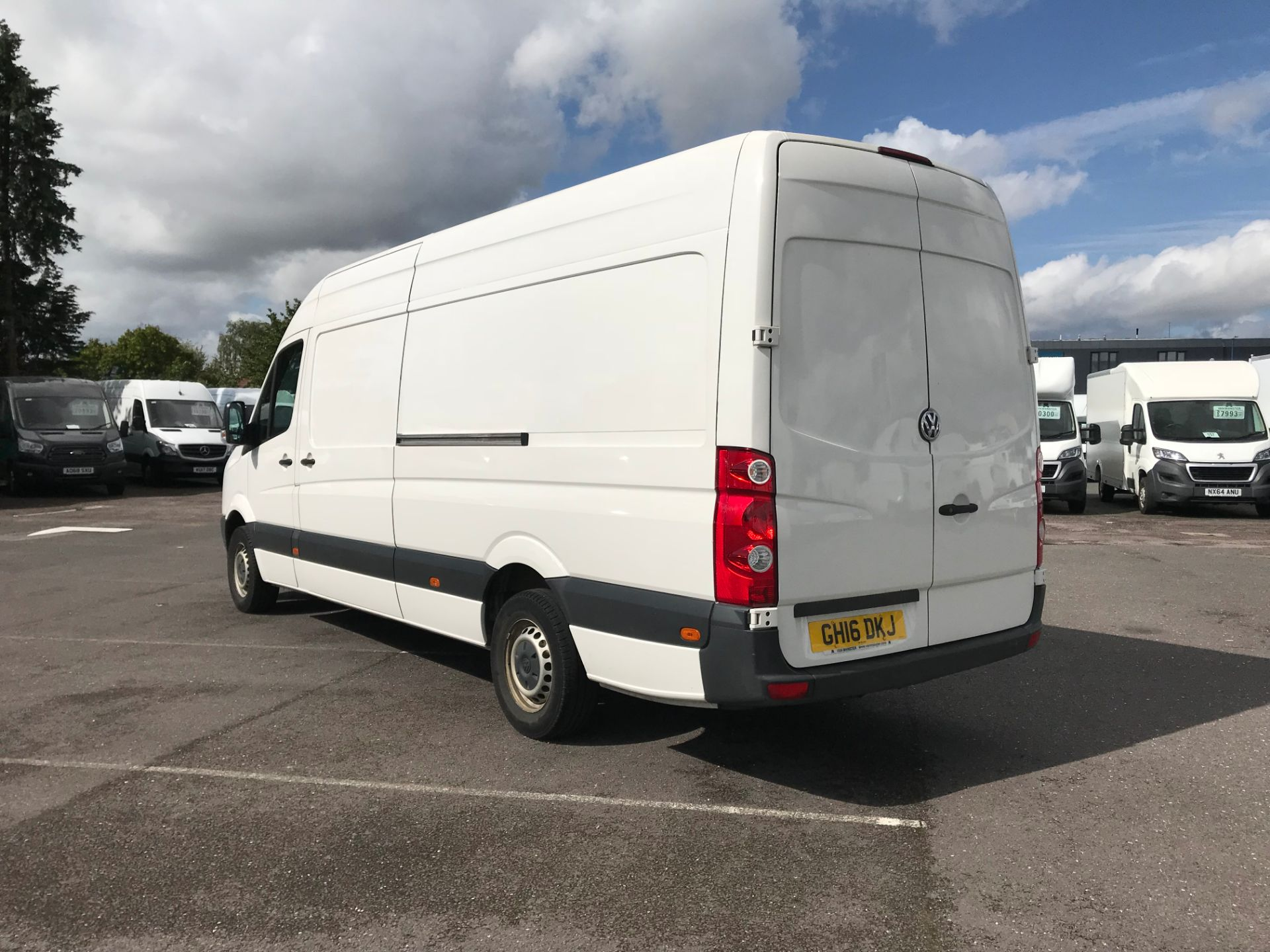 2016 Volkswagen Crafter   CR35 LWB 2.0 TDI 136PS H/R EURO 5 (GH16DKJ) Image 5