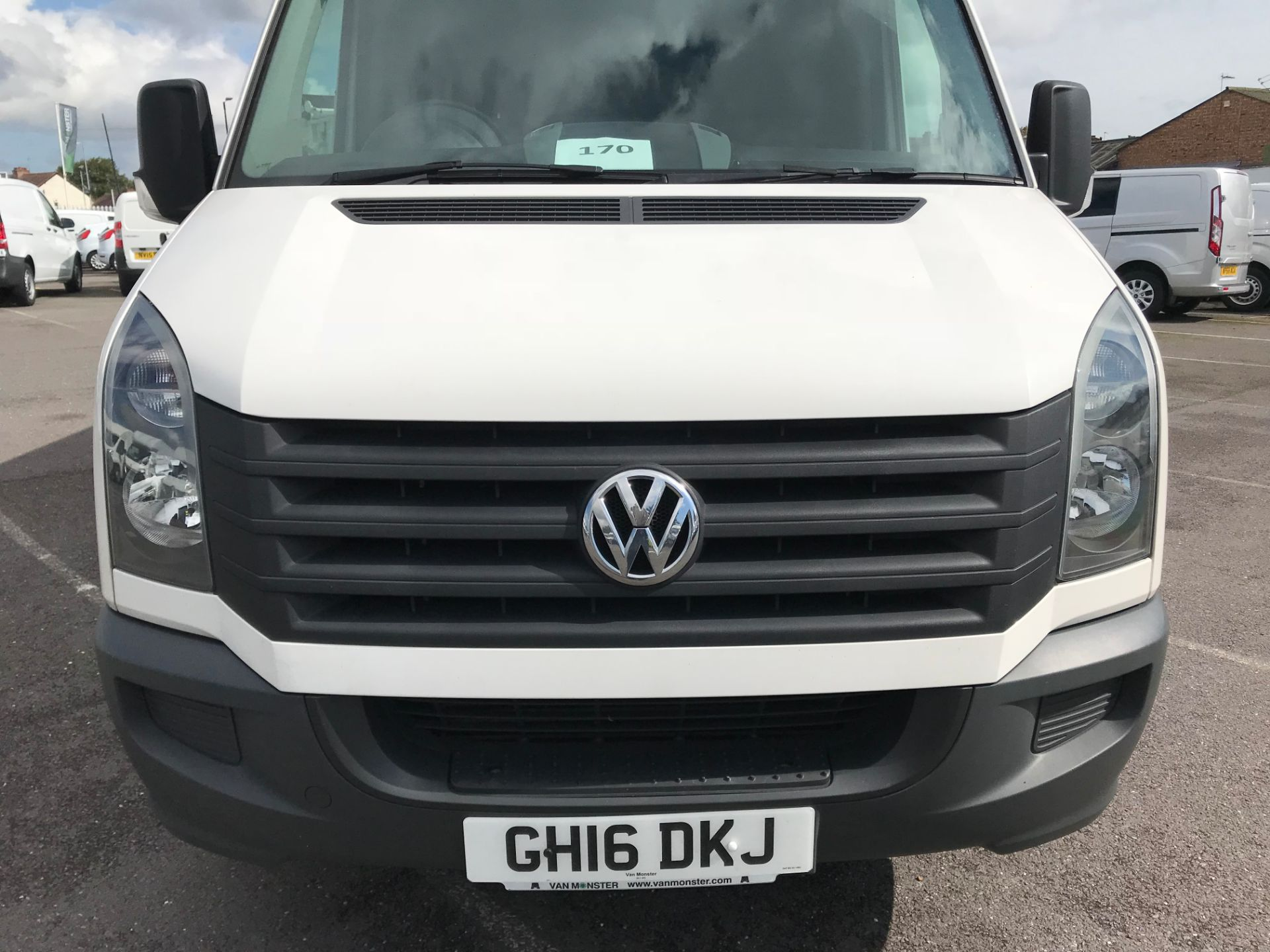 2016 Volkswagen Crafter   CR35 LWB 2.0 TDI 136PS H/R EURO 5 (GH16DKJ) Image 12