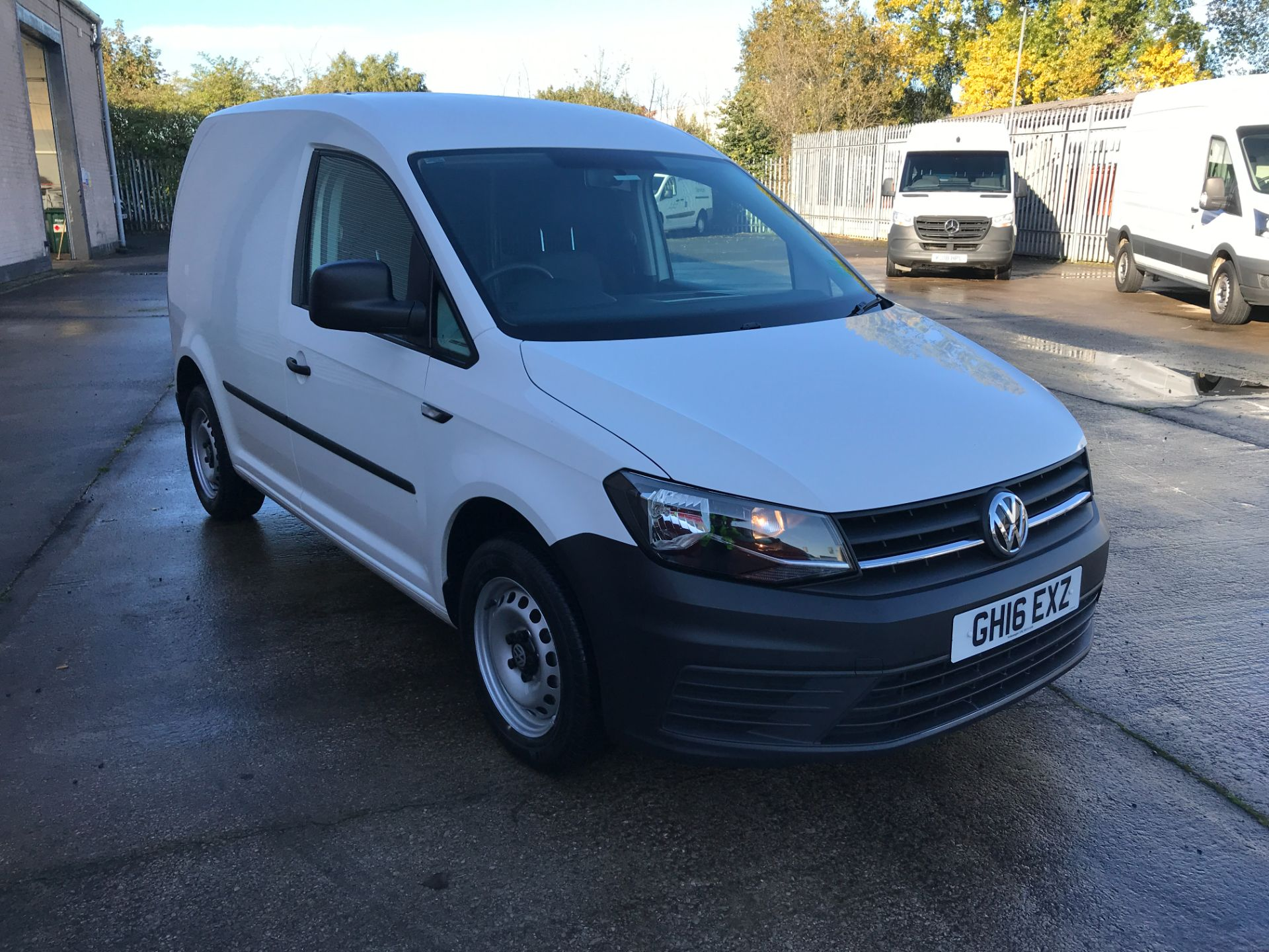 2016 Volkswagen Caddy 2.0TDI BLUEMOTION TECH 102PS STARTLINE EURO 6, NO VAT  (GH16EXZ) Image 1