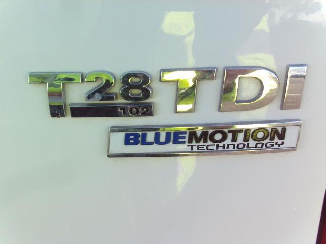2016 Volkswagen Transporter T28 SWB DIESEL 2.0 TDI BMT 102 STARTLINE EURO 5 (GH16FSG) Image 8