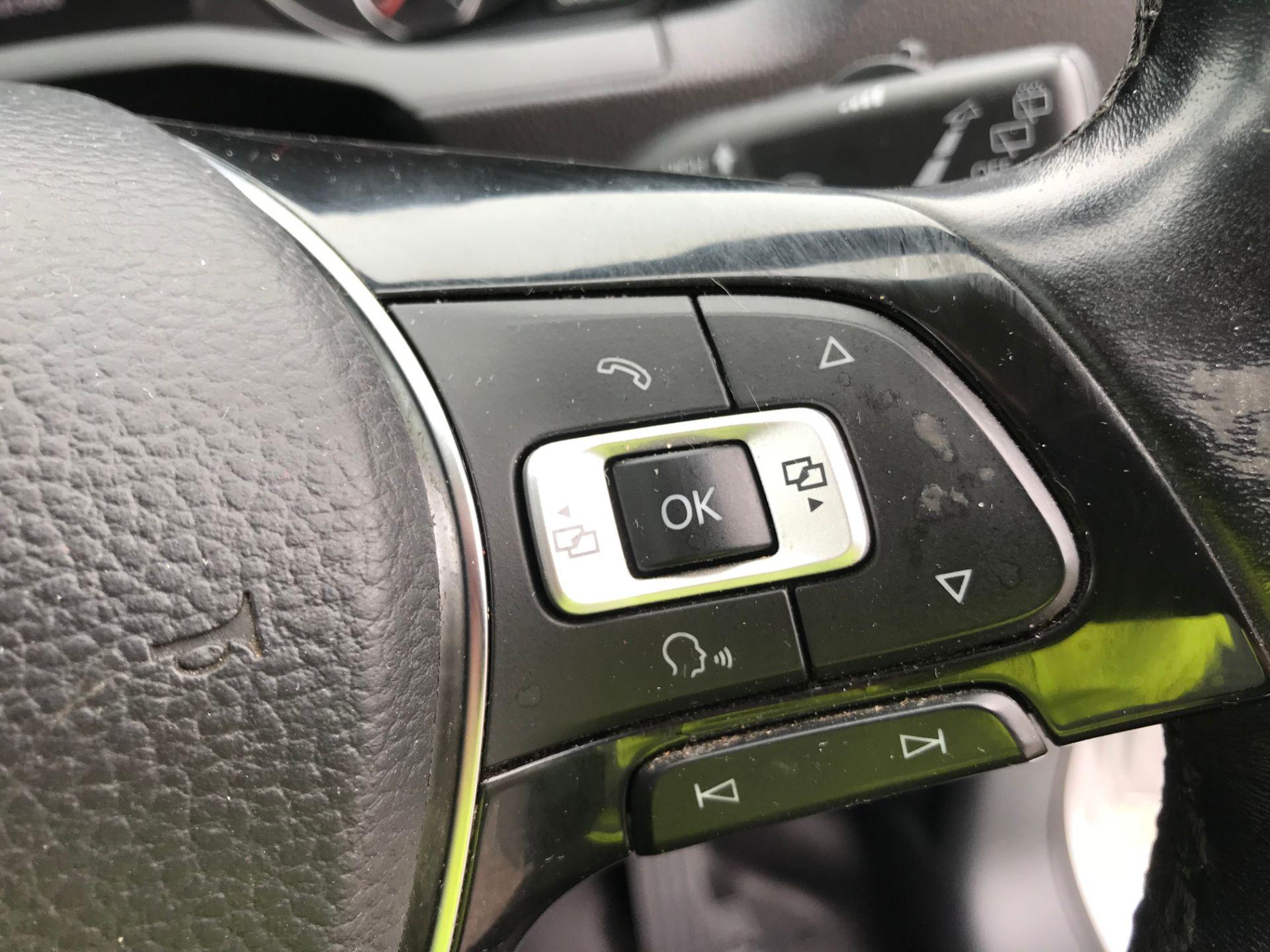2017 Volkswagen Caddy 2.0TDI BLUEMOTION TECH 102PS HIGHLINE  (GH17AVN) Image 21