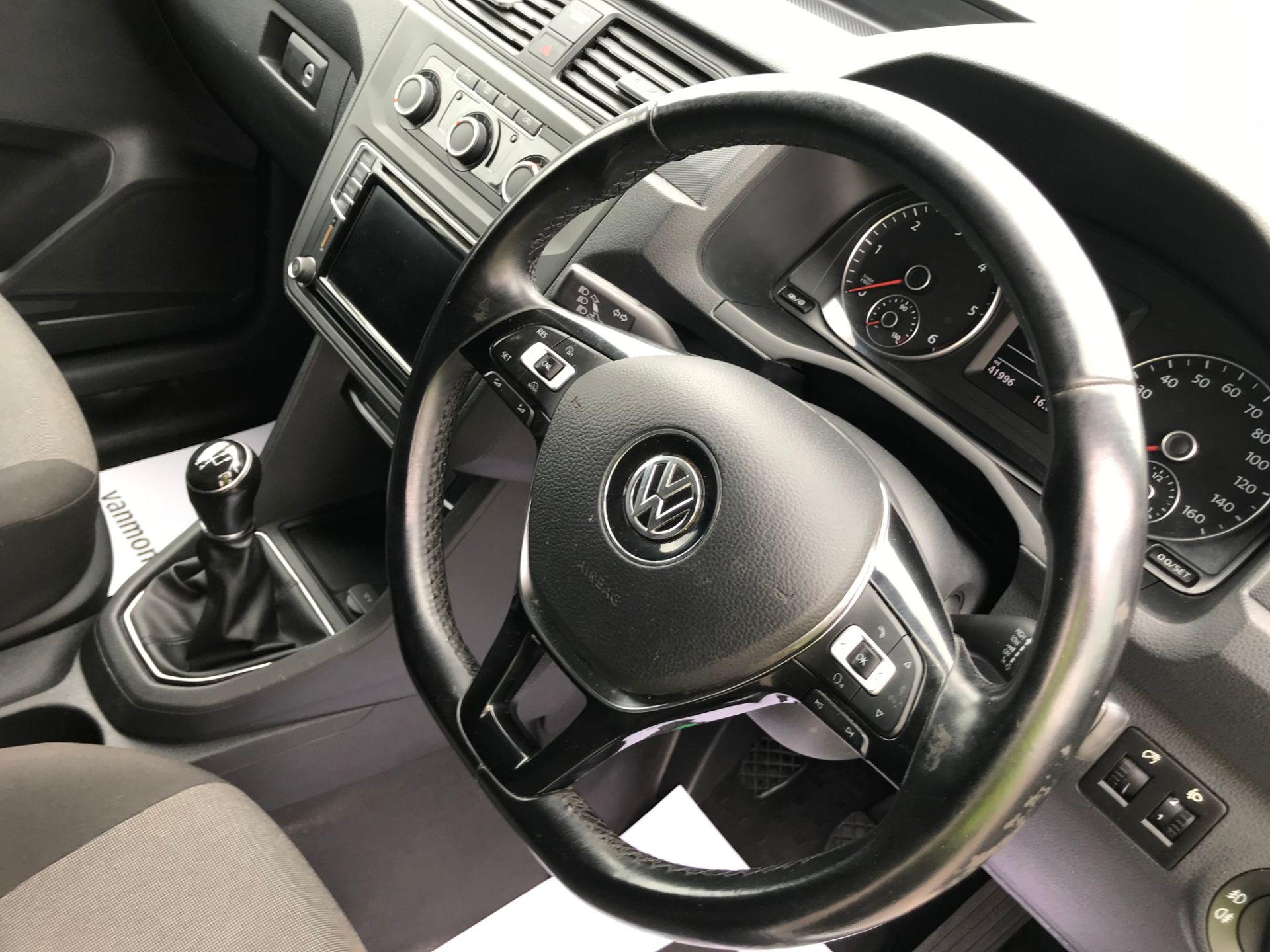 2017 Volkswagen Caddy 2.0TDI BLUEMOTION TECH 102PS HIGHLINE  (GH17AVN) Image 19