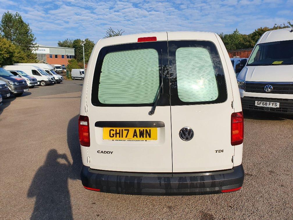 2017 Volkswagen Caddy 2.0 Tdi Bluemotion Tech 102Ps Startline Van (GH17AWN) Image 8