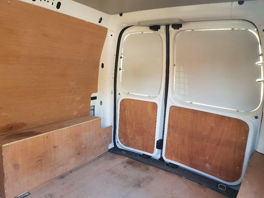 2017 Volkswagen Caddy 2.0 Tdi Bluemotion Tech 102Ps Startline Van (GH17AWN) Image 13
