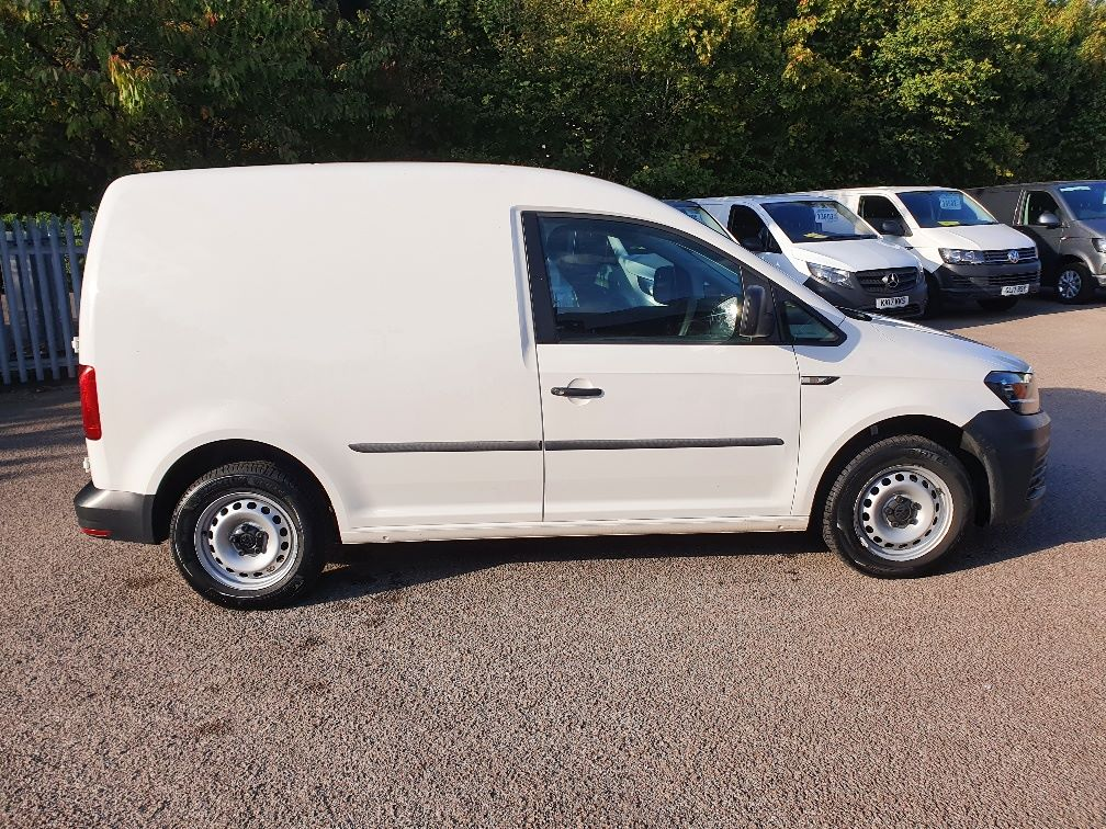 2017 Volkswagen Caddy 2.0 Tdi Bluemotion Tech 102Ps Startline Van (GH17AWN) Image 4