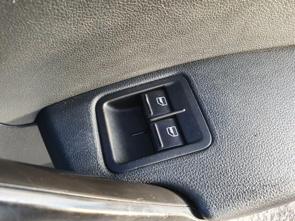 2017 Volkswagen Caddy 2.0 Tdi Bluemotion Tech 102Ps Startline Van (GH17AWN) Image 17