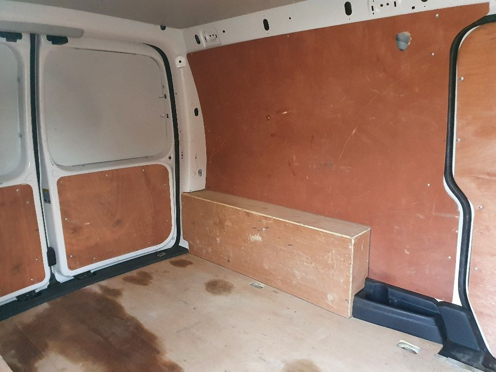 2017 Volkswagen Caddy 2.0 Tdi Bluemotion Tech 102Ps Startline Van (GH17BYM) Image 9