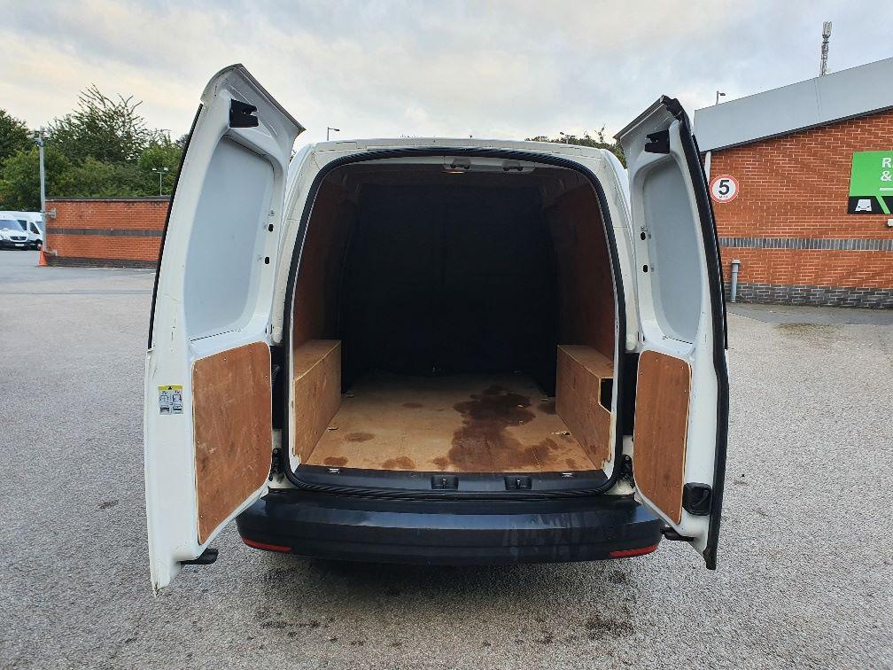 2017 Volkswagen Caddy 2.0 Tdi Bluemotion Tech 102Ps Startline Van (GH17BYM) Image 11