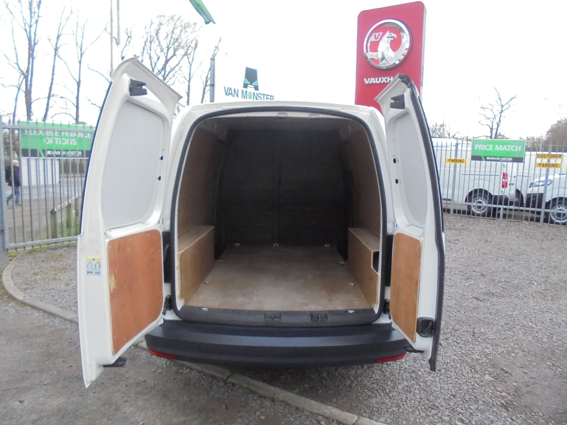 2018 Volkswagen Caddy 2.0 102PS BLUEMOTION TECH 102 STARTLINE EURO 6 (GH18EKB) Image 8