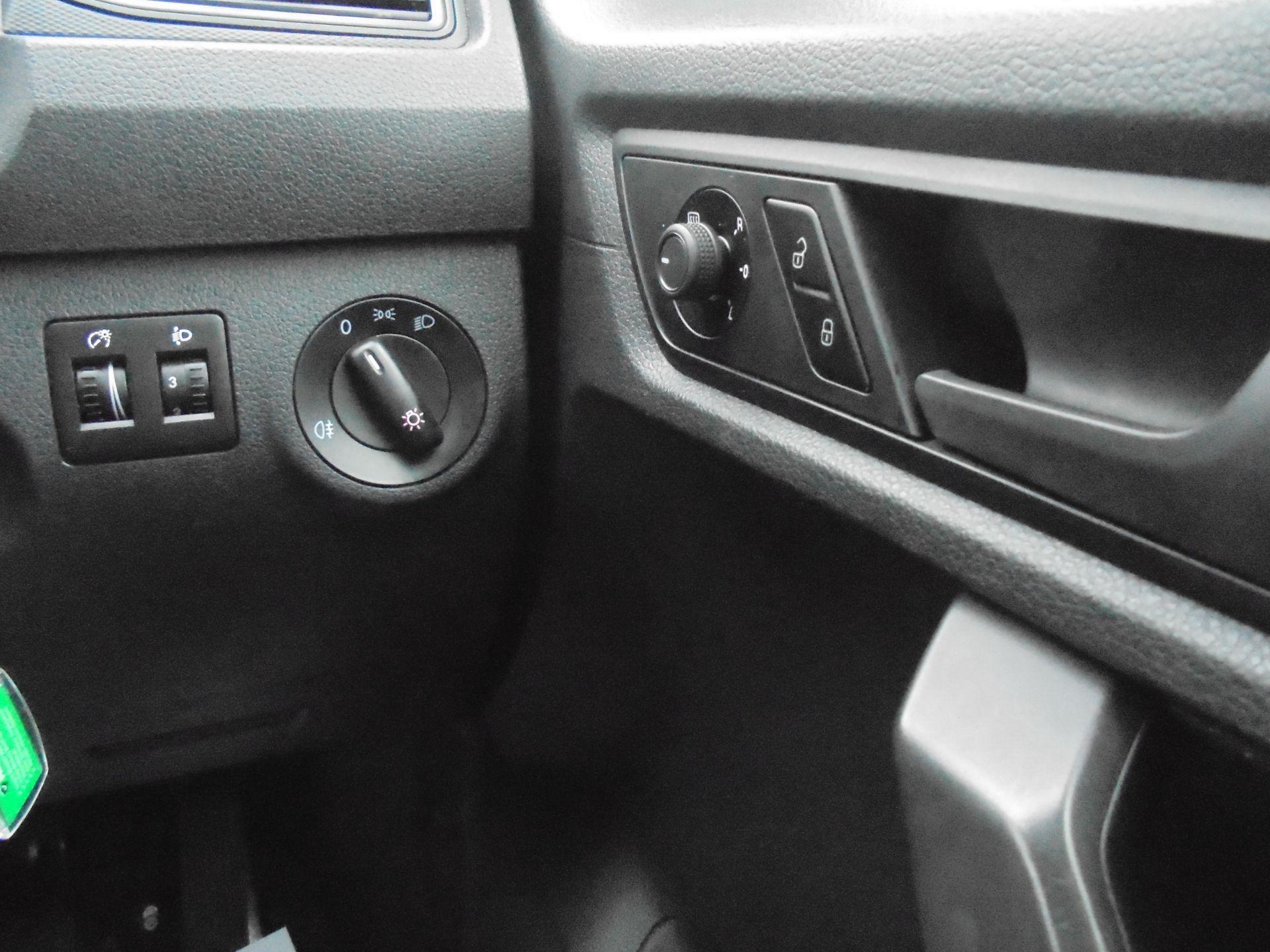 2018 Volkswagen Caddy 2.0 102PS BLUEMOTION TECH 102 STARTLINE EURO 6 (GH18EKB) Image 19