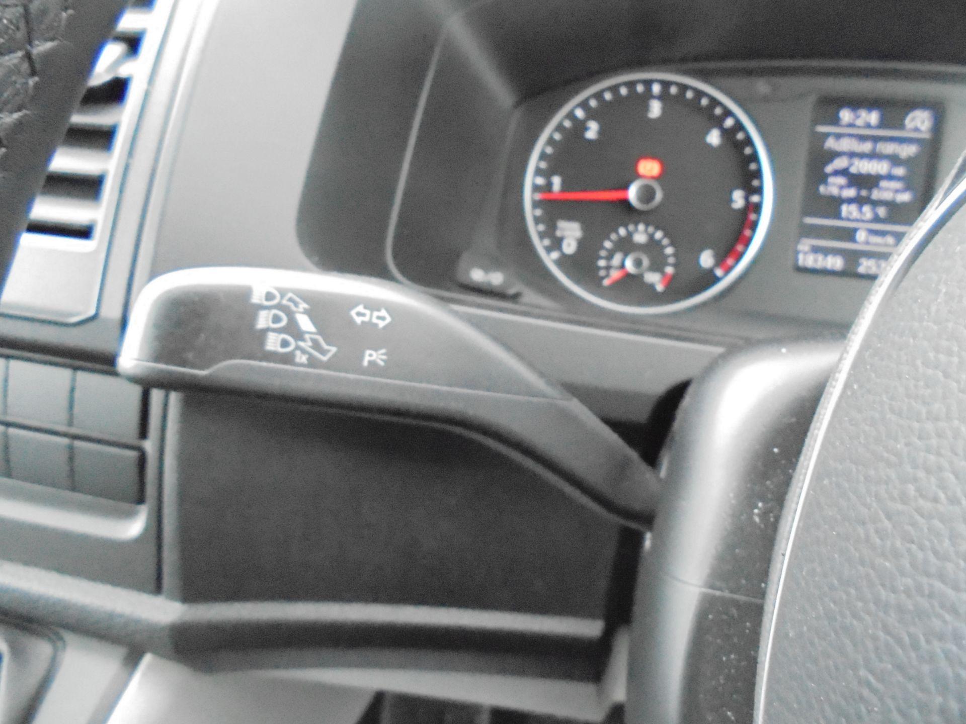 2019 Volkswagen Transporter T30 SWB 2.0 TDI BMT 150PS HIGHLINE  VAN EURO 6 (GH19FZJ) Image 22
