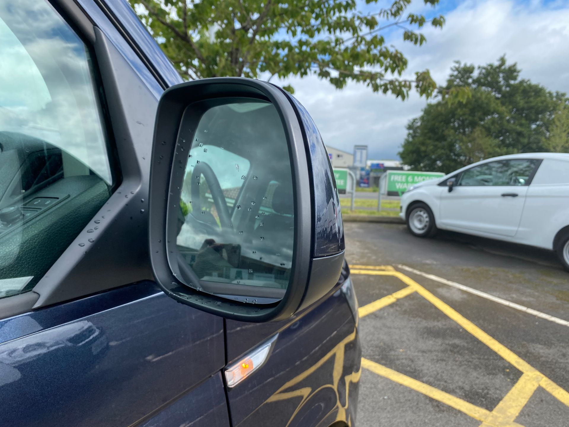 2019 Volkswagen Transporter 2.0 Tdi Bmt 150 Highline Kombi Van (GH19NUO) Image 10