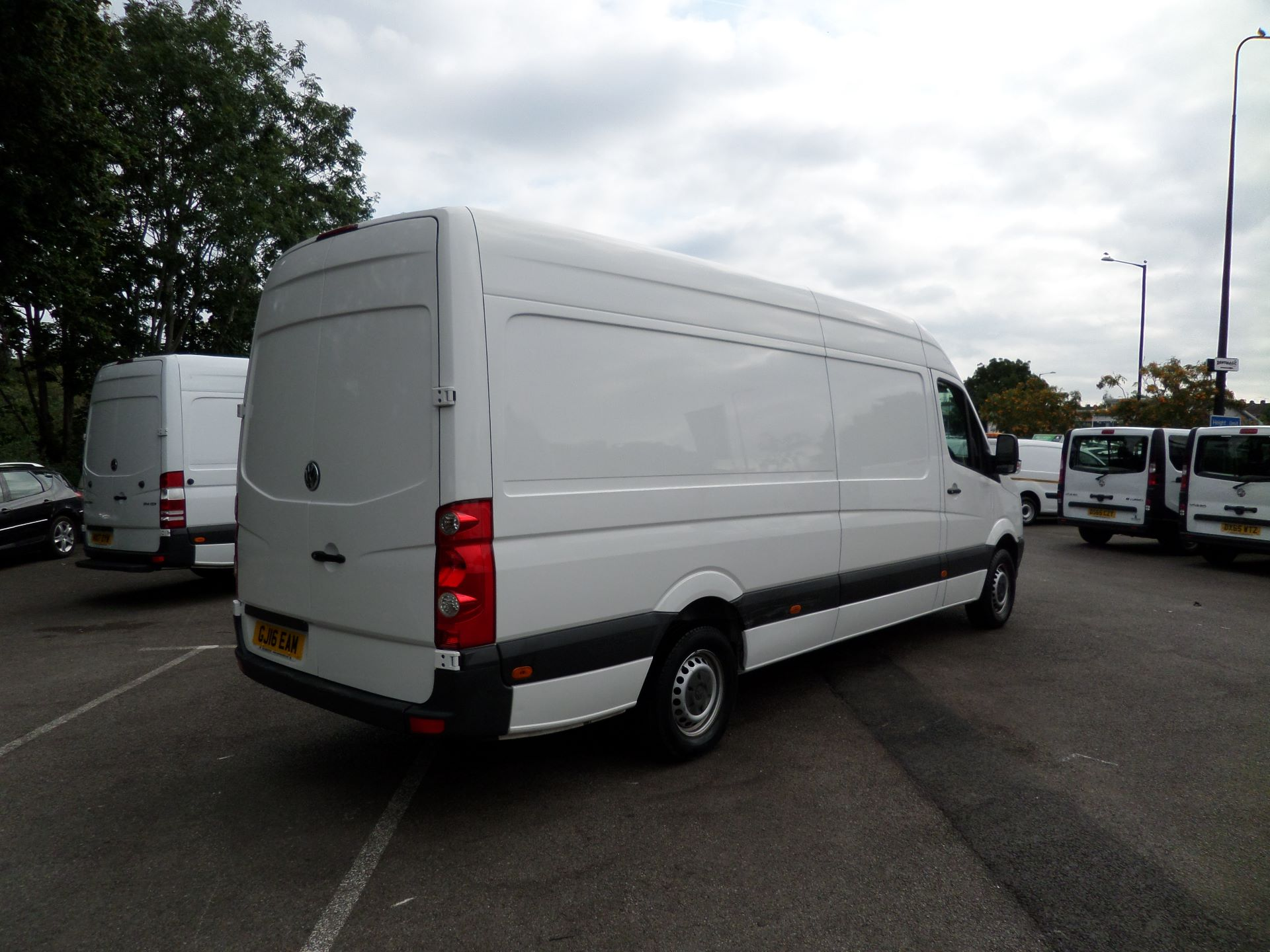 2016 Volkswagen Crafter  CR35 LWB 2.0 TDI 136PS HIGH ROOF EURO 5 (GJ16EAM) Image 8