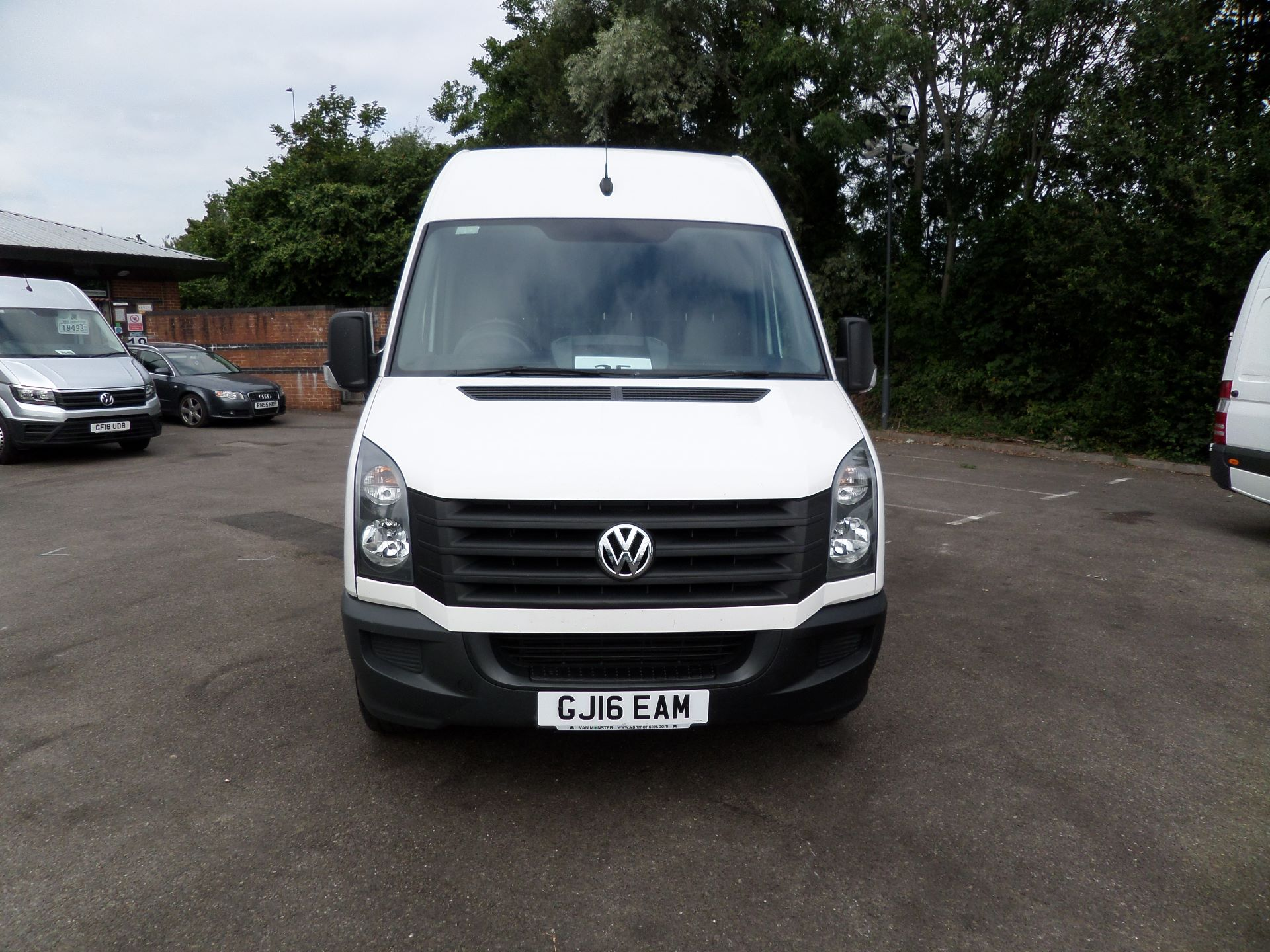 2016 Volkswagen Crafter  CR35 LWB 2.0 TDI 136PS HIGH ROOF EURO 5 (GJ16EAM) Image 14