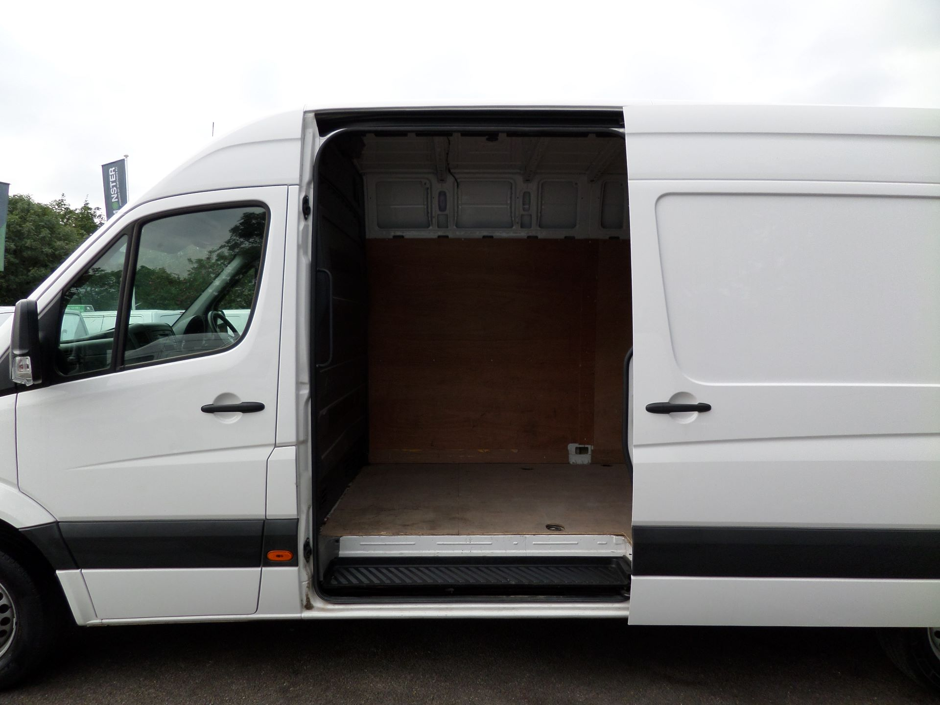 2016 Volkswagen Crafter  CR35 LWB 2.0 TDI 136PS HIGH ROOF EURO 5 (GJ16EAM) Image 16