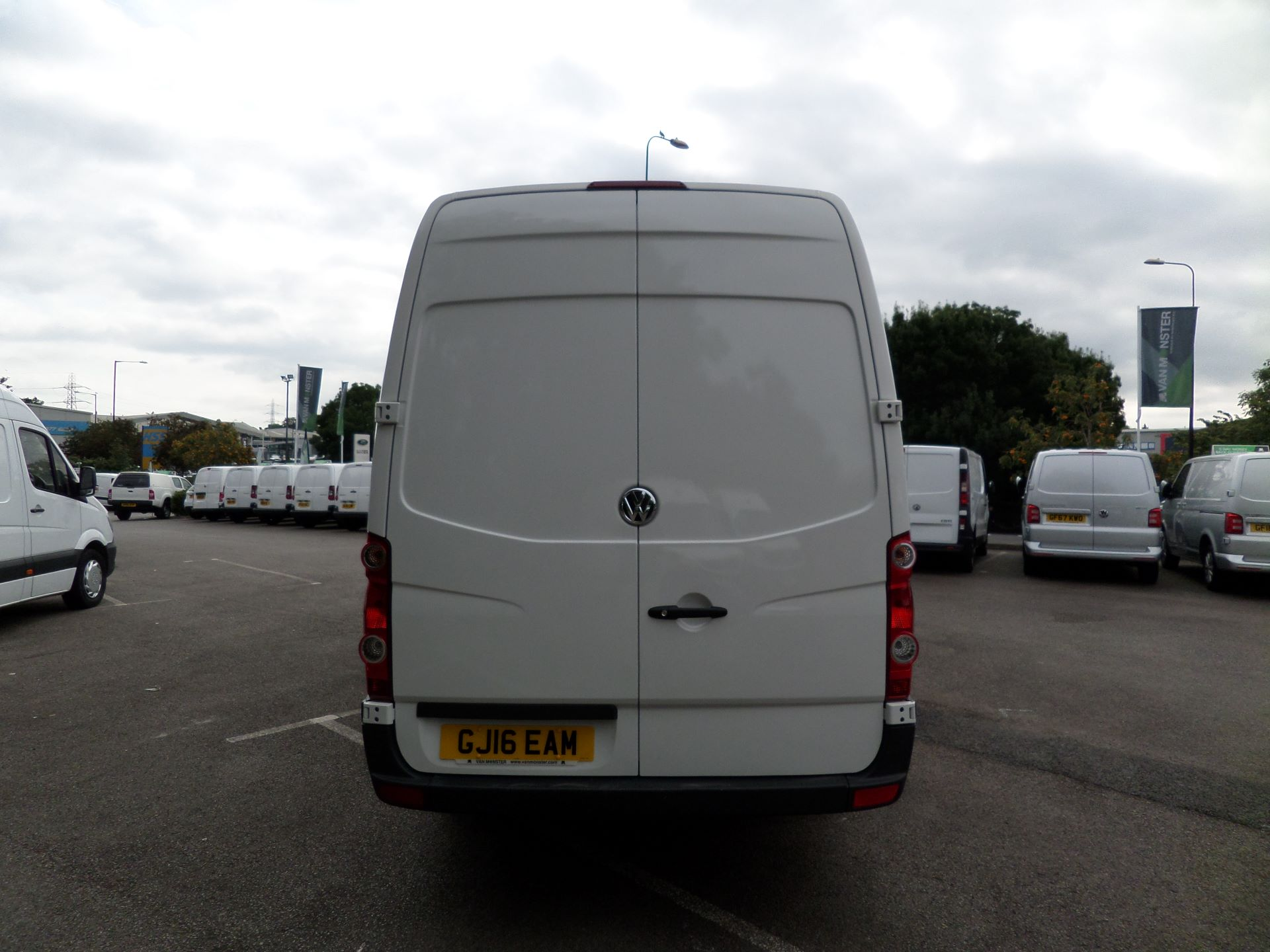 2016 Volkswagen Crafter  CR35 LWB 2.0 TDI 136PS HIGH ROOF EURO 5 (GJ16EAM) Image 9