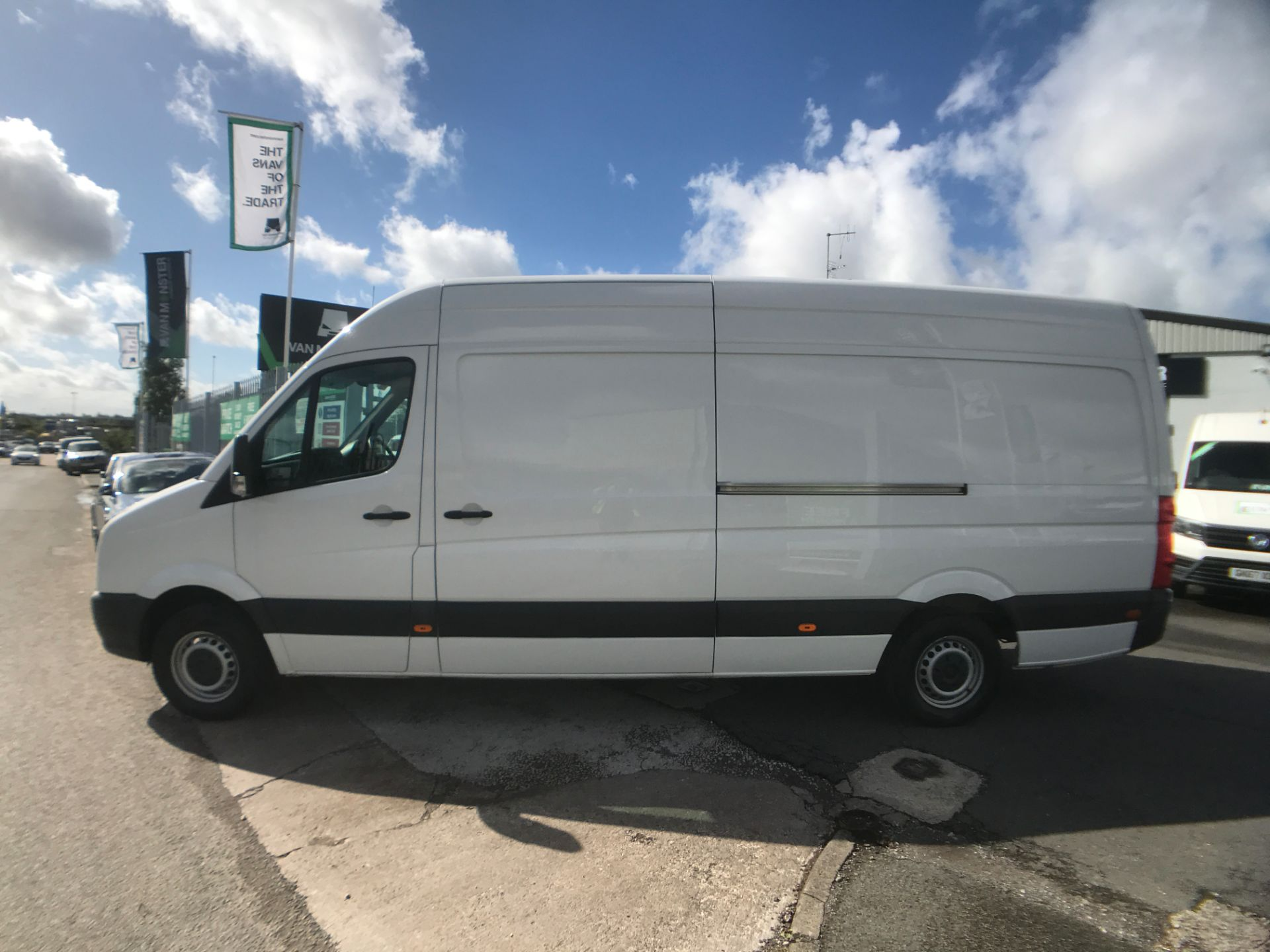 2016 Volkswagen Crafter  CR35 LWB HIGH ROOF 2.0TDI 136PS EURO 5 (GJ16LLM) Image 11