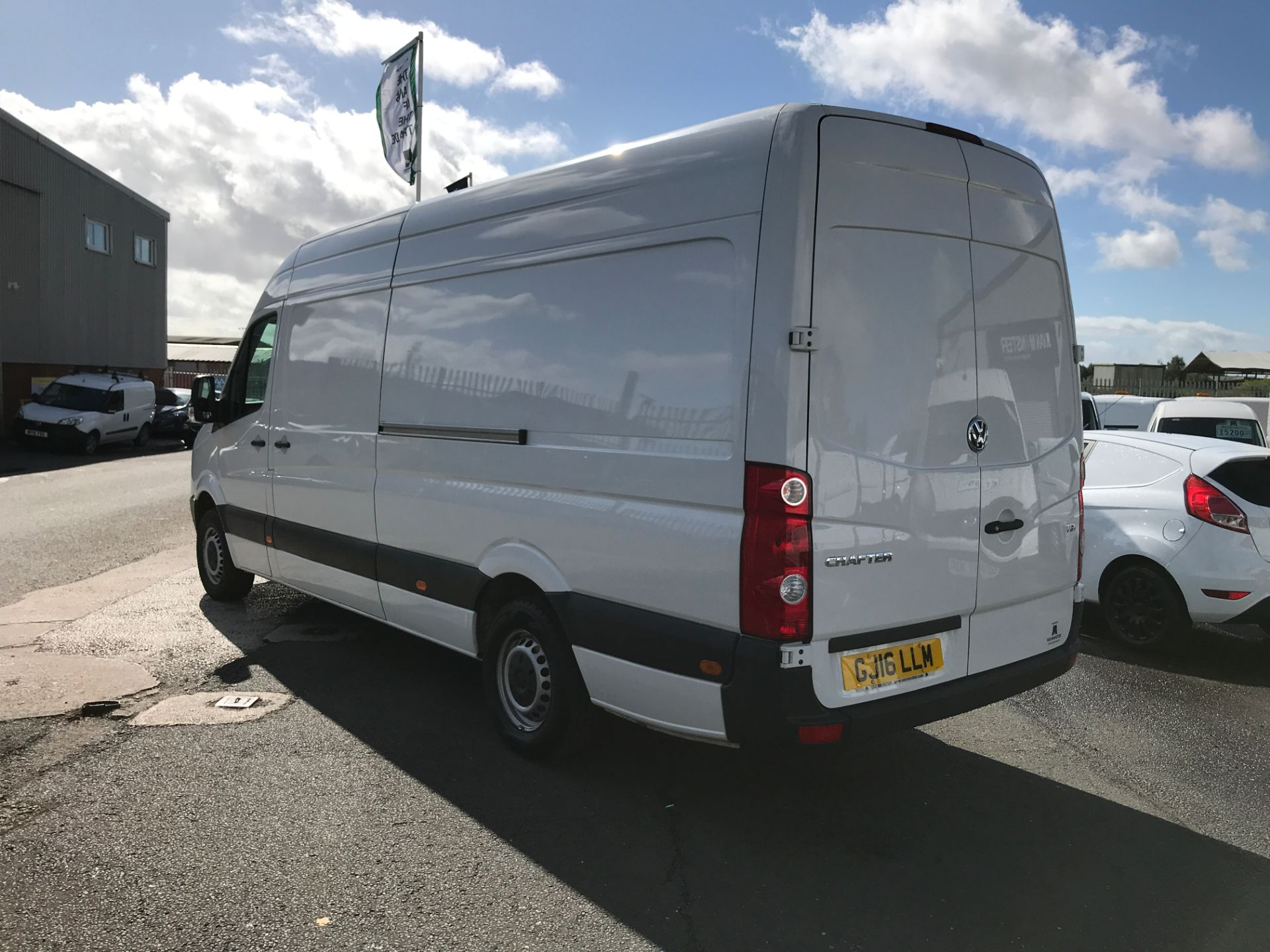 2016 Volkswagen Crafter  CR35 LWB HIGH ROOF 2.0TDI 136PS EURO 5 (GJ16LLM) Image 10
