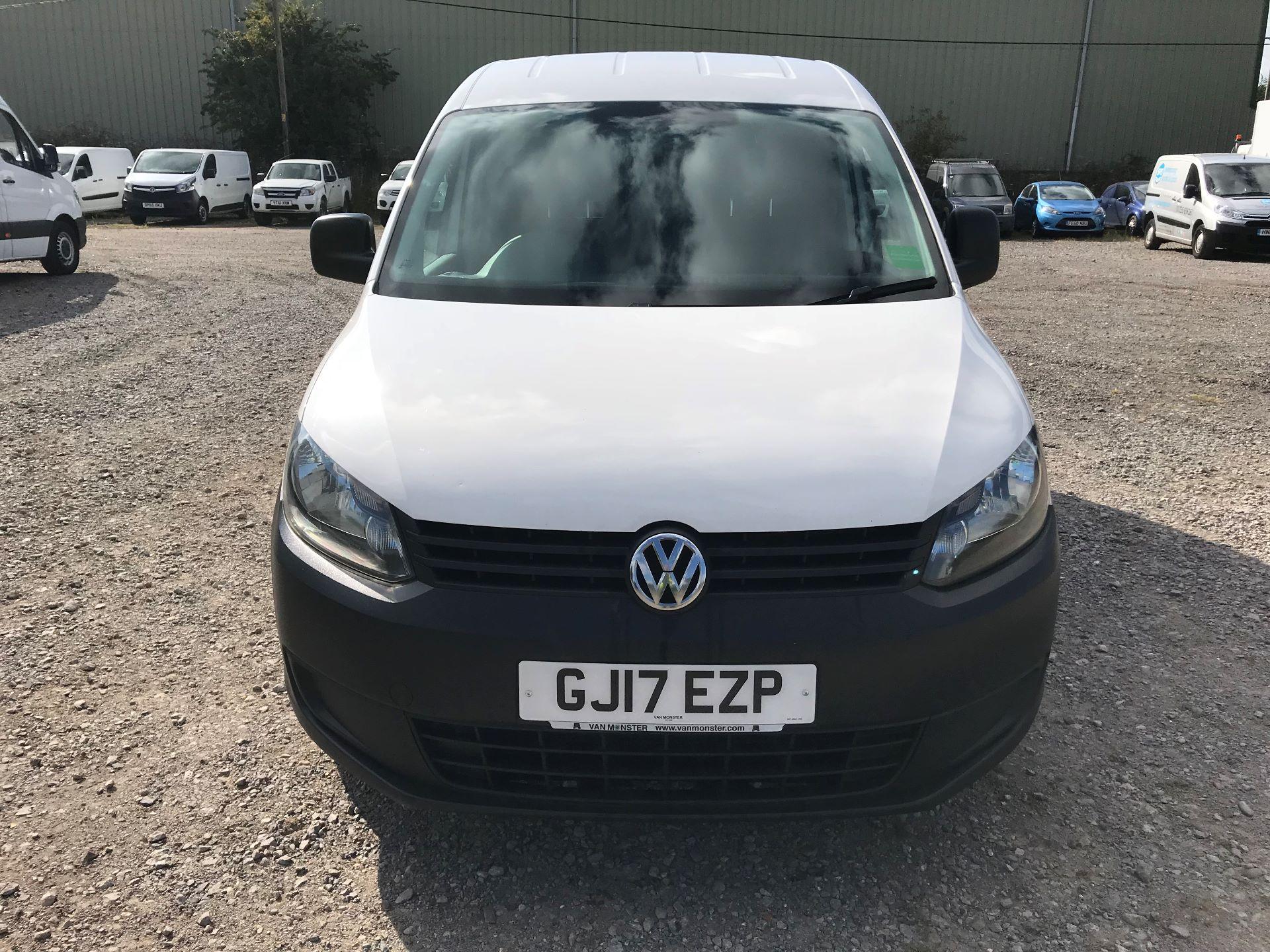 2017 Volkswagen Caddy  1.6 75PS STARTLINE EURO 5 (GJ17EZP) Image 2