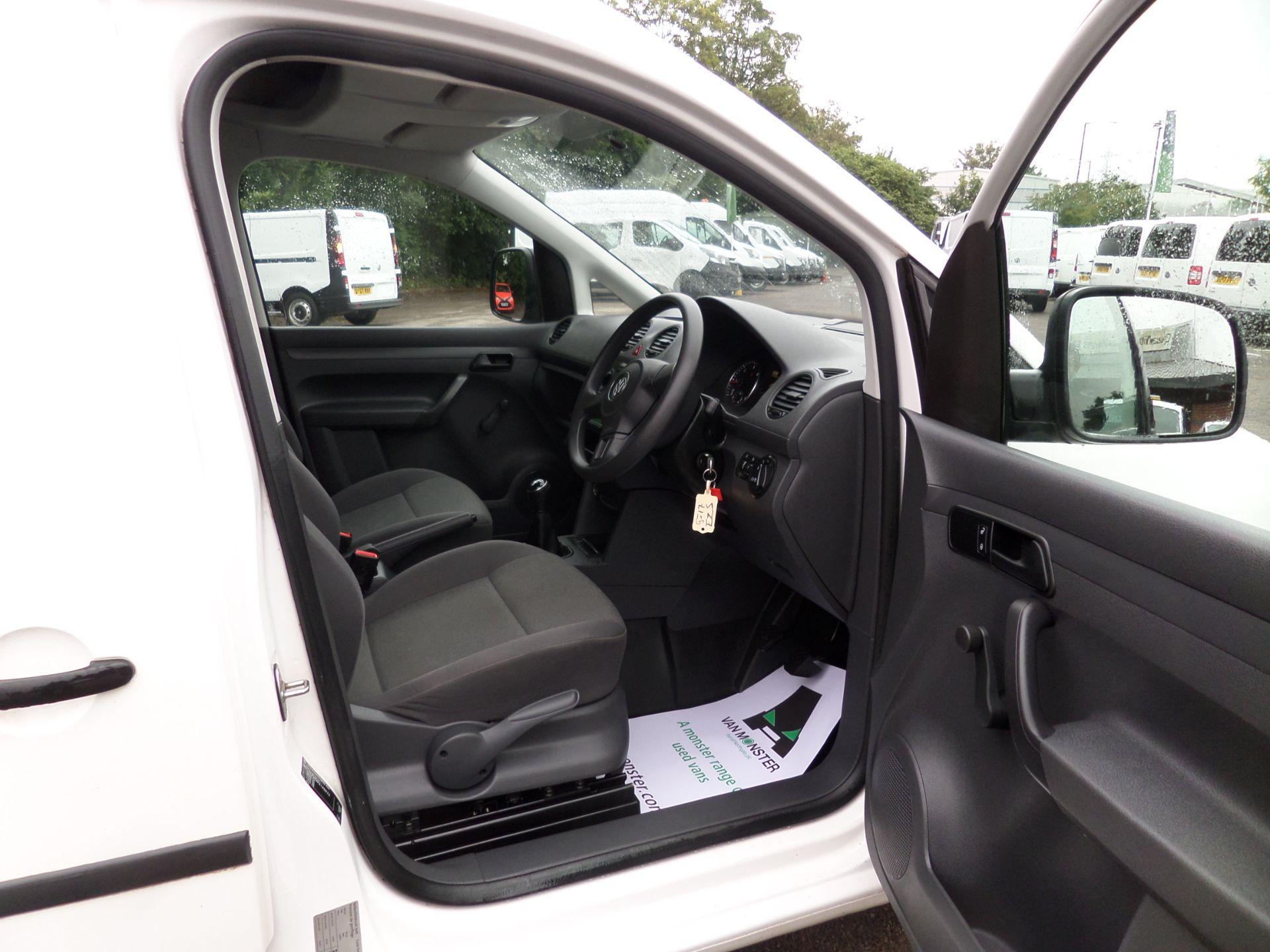 2017 Volkswagen Caddy Maxi 1.6 Tdi 102Ps Startline Van (GJ17EZS) Image 10