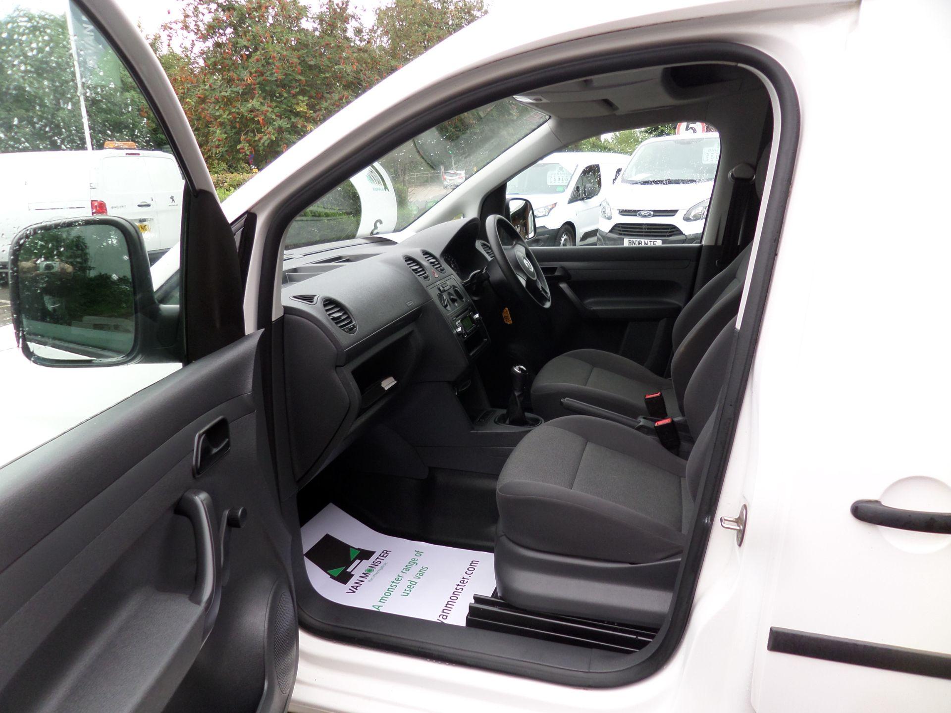 2017 Volkswagen Caddy Maxi 1.6 Tdi 102Ps Startline Van (GJ17EZS) Image 8