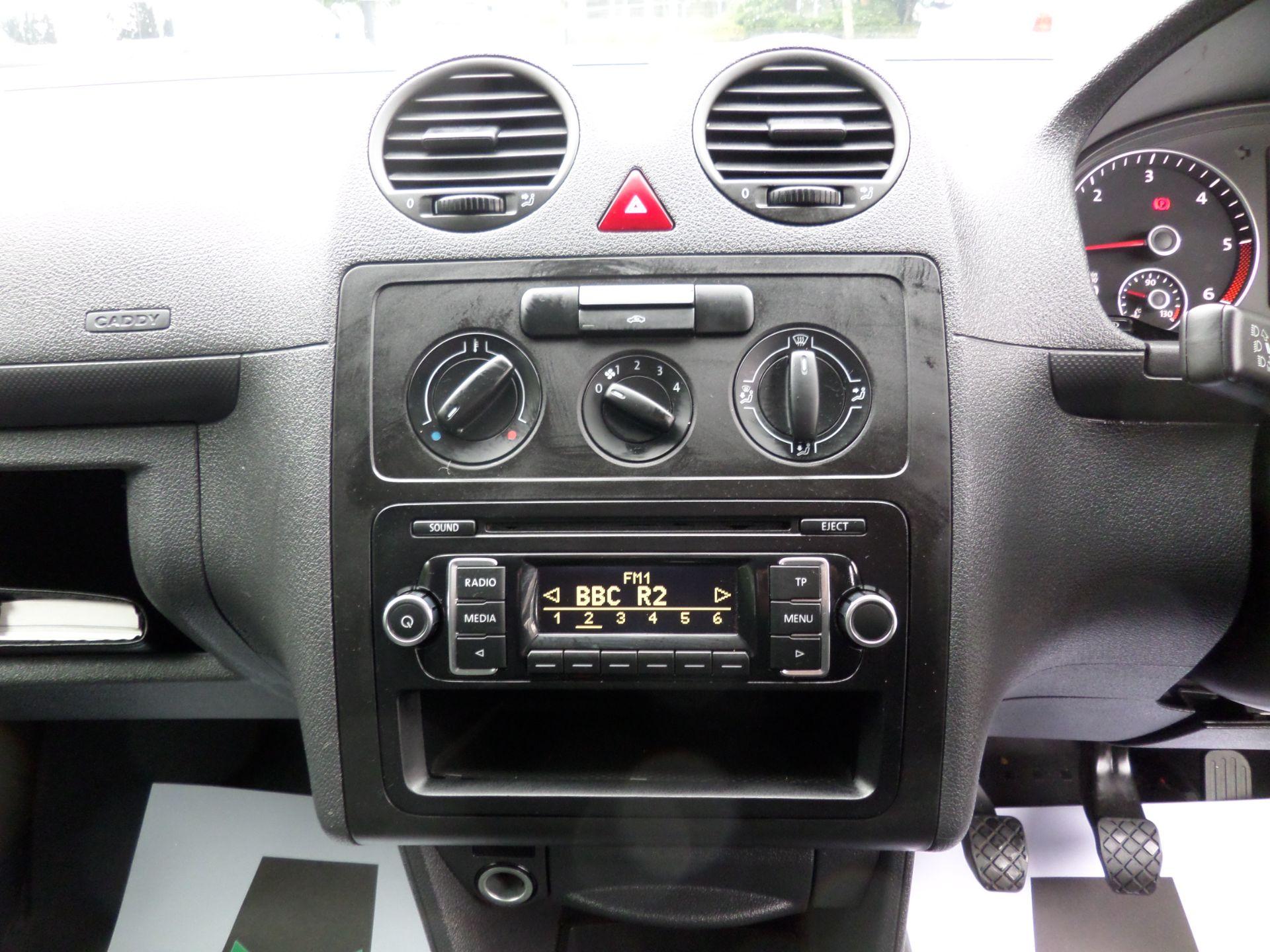 2017 Volkswagen Caddy Maxi 1.6 Tdi 102Ps Startline Van (GJ17EZS) Image 11