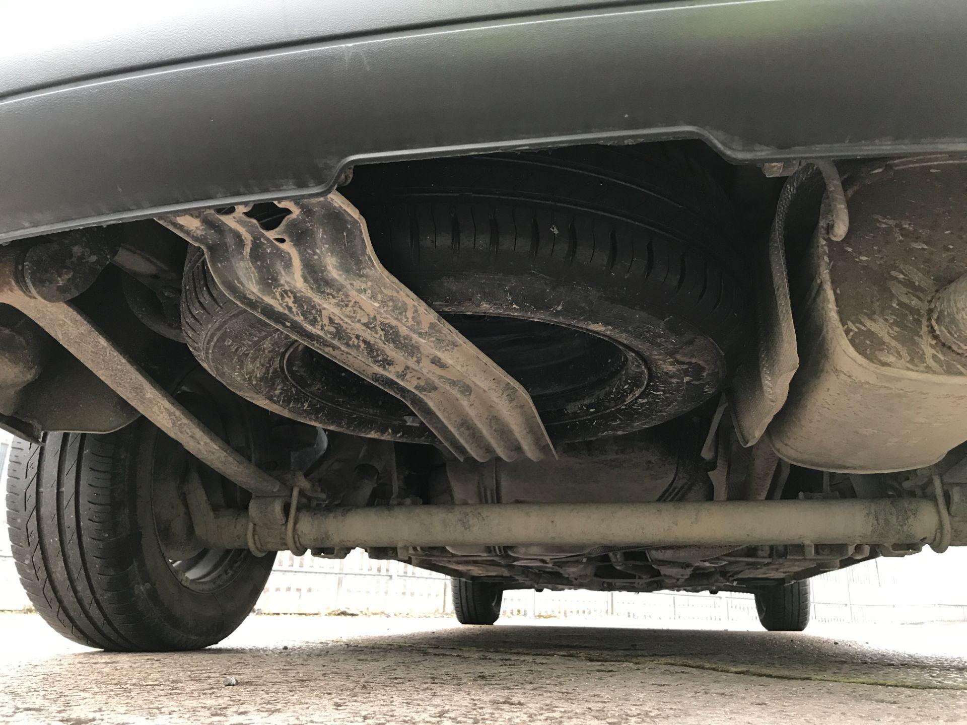 2017 Volkswagen Caddy Maxi 1.6TDI 102PS STARTLINE EURO 5 (GJ17EZU) Image 18