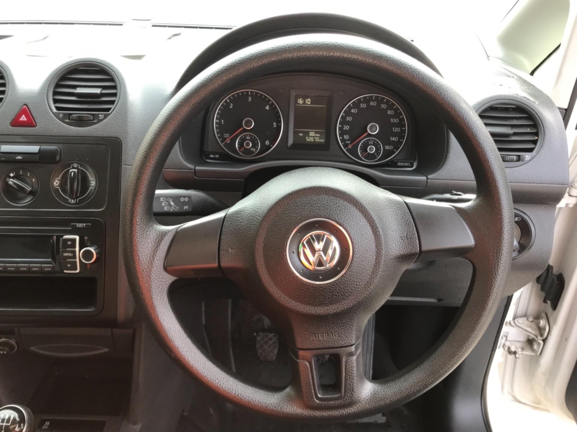 2017 Volkswagen Caddy 1.6 102PS STARTLINE EURO 5 (GJ17FRP) Image 11