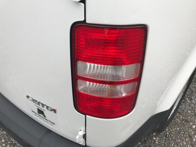 2017 Volkswagen Caddy Maxi  MAXI 1.6 102PS STARTLINE EURO 5 (GJ17FSS) Image 36