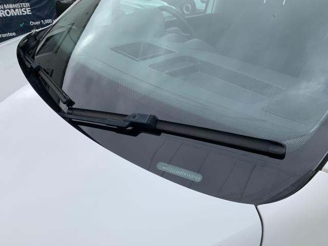 2017 Volkswagen Caddy Maxi 1.6 Tdi 102Ps Startline Van (GJ17FSU) Image 22