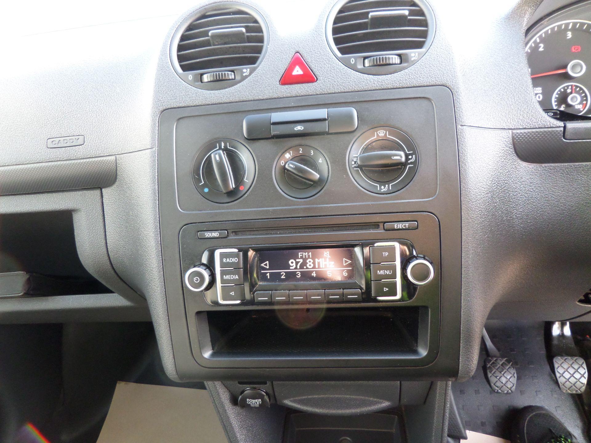 2017 Volkswagen Caddy Maxi 1.6 Tdi 102Ps Startline Van Euro 5 (GJ17FTE) Image 12