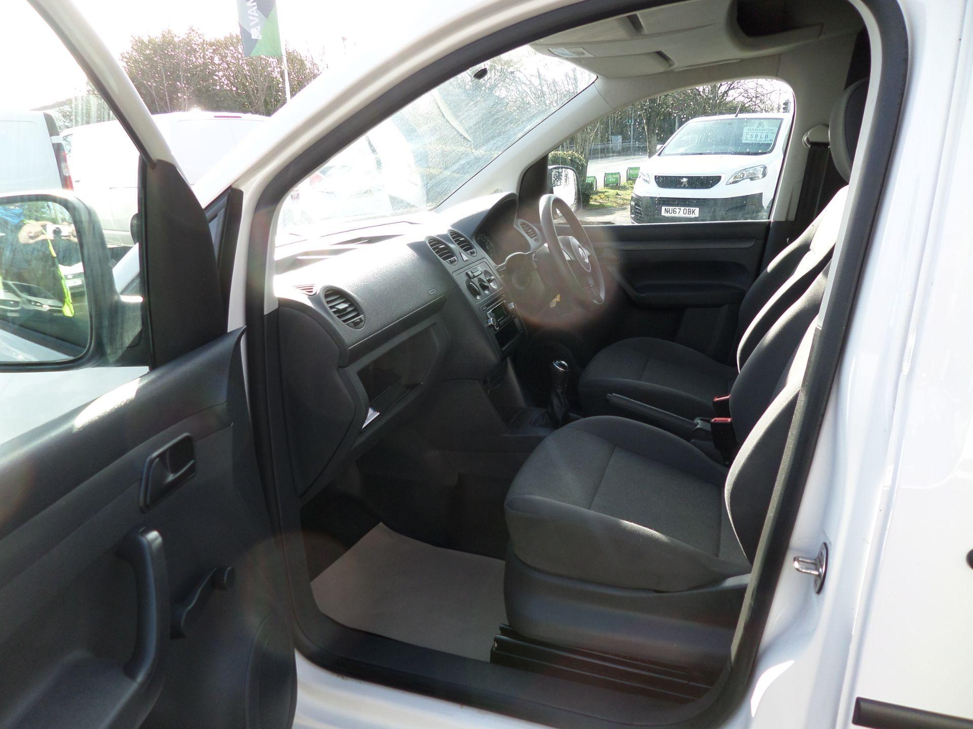 2017 Volkswagen Caddy Maxi 1.6 Tdi 102Ps Startline Van Euro 5 (GJ17FTE) Image 8