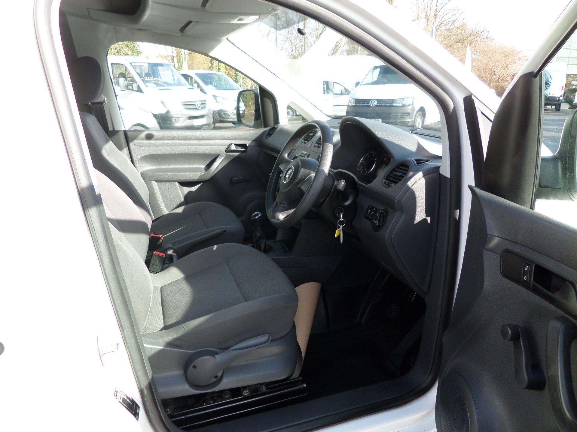 2017 Volkswagen Caddy Maxi 1.6 Tdi 102Ps Startline Van Euro 5 (GJ17FTE) Image 11