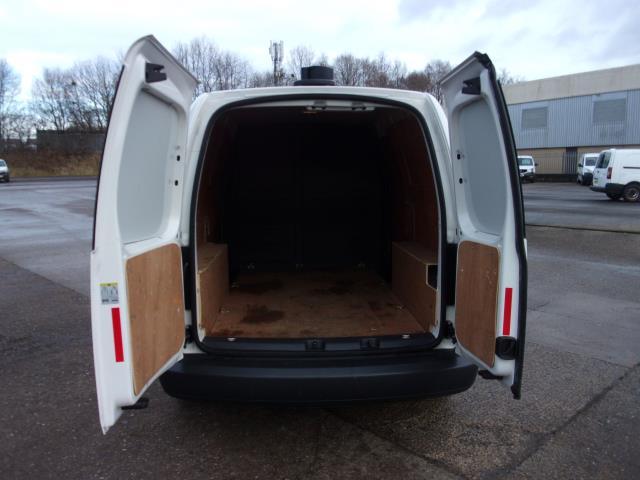 2017 Volkswagen Caddy Maxi C20 1.6 Tdi 102Ps Startline Van (GJ17FUD) Image 18