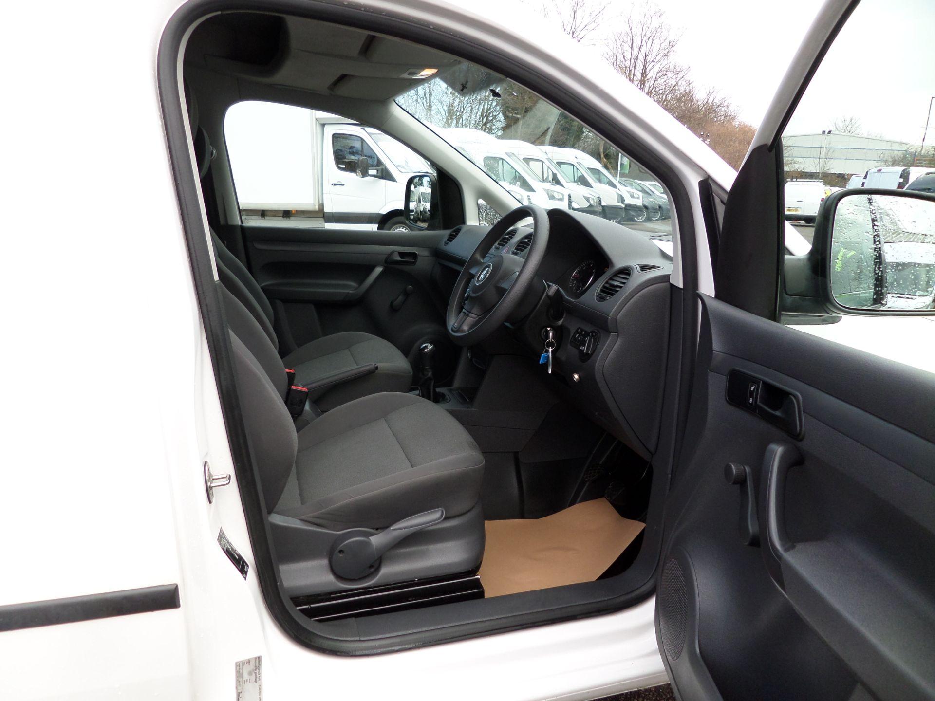 2017 Volkswagen Caddy 1.6 Tdi 75Ps Startline Van (GJ17HVP) Image 11