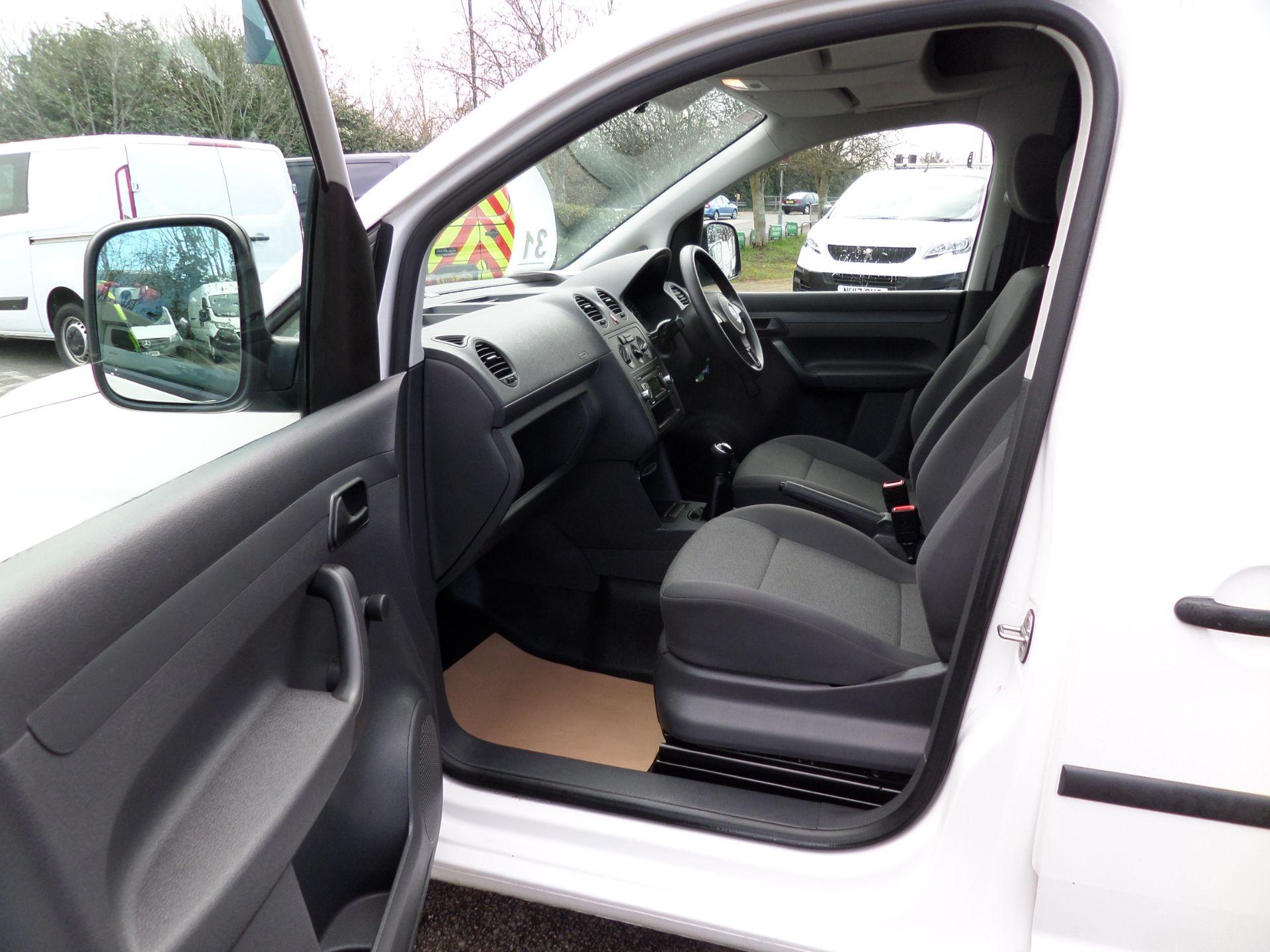 2017 Volkswagen Caddy 1.6 Tdi 75Ps Startline Van (GJ17HVP) Image 8