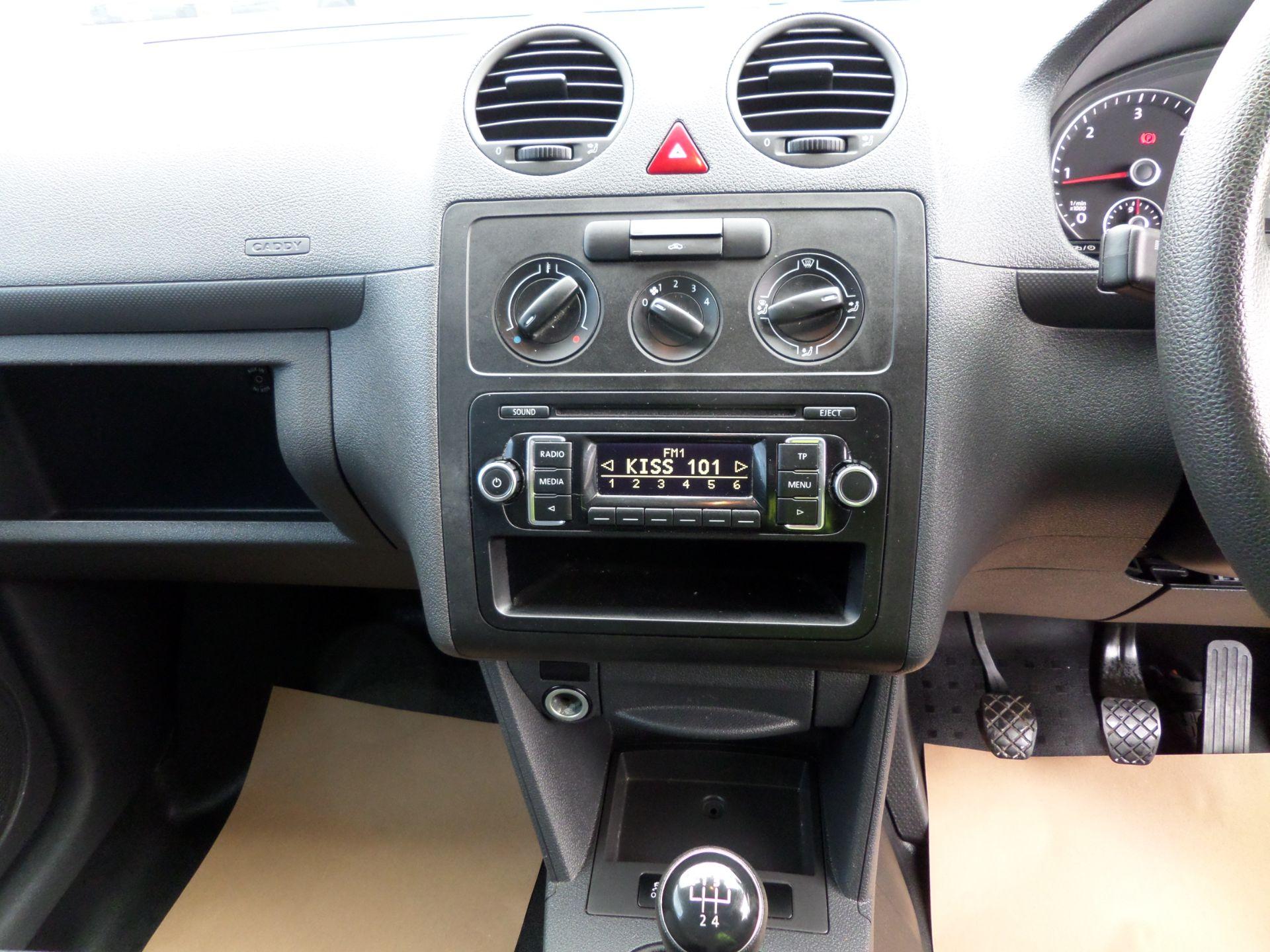 2017 Volkswagen Caddy 1.6 Tdi 75Ps Startline Van (GJ17HVP) Image 12
