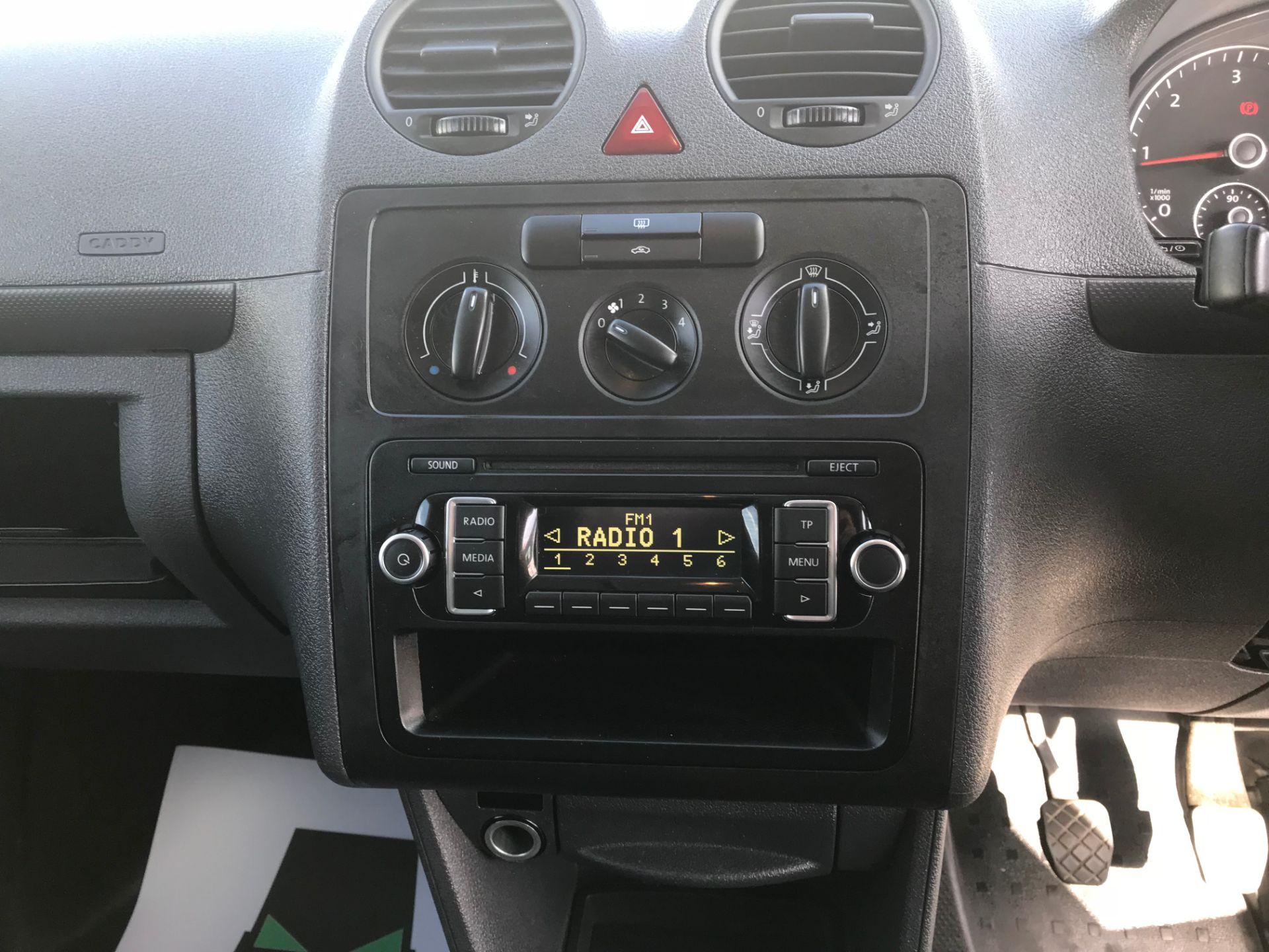 2017 Volkswagen Caddy 1.6 75PS STARTLINE EURO 5  (GJ17HXU) Image 12