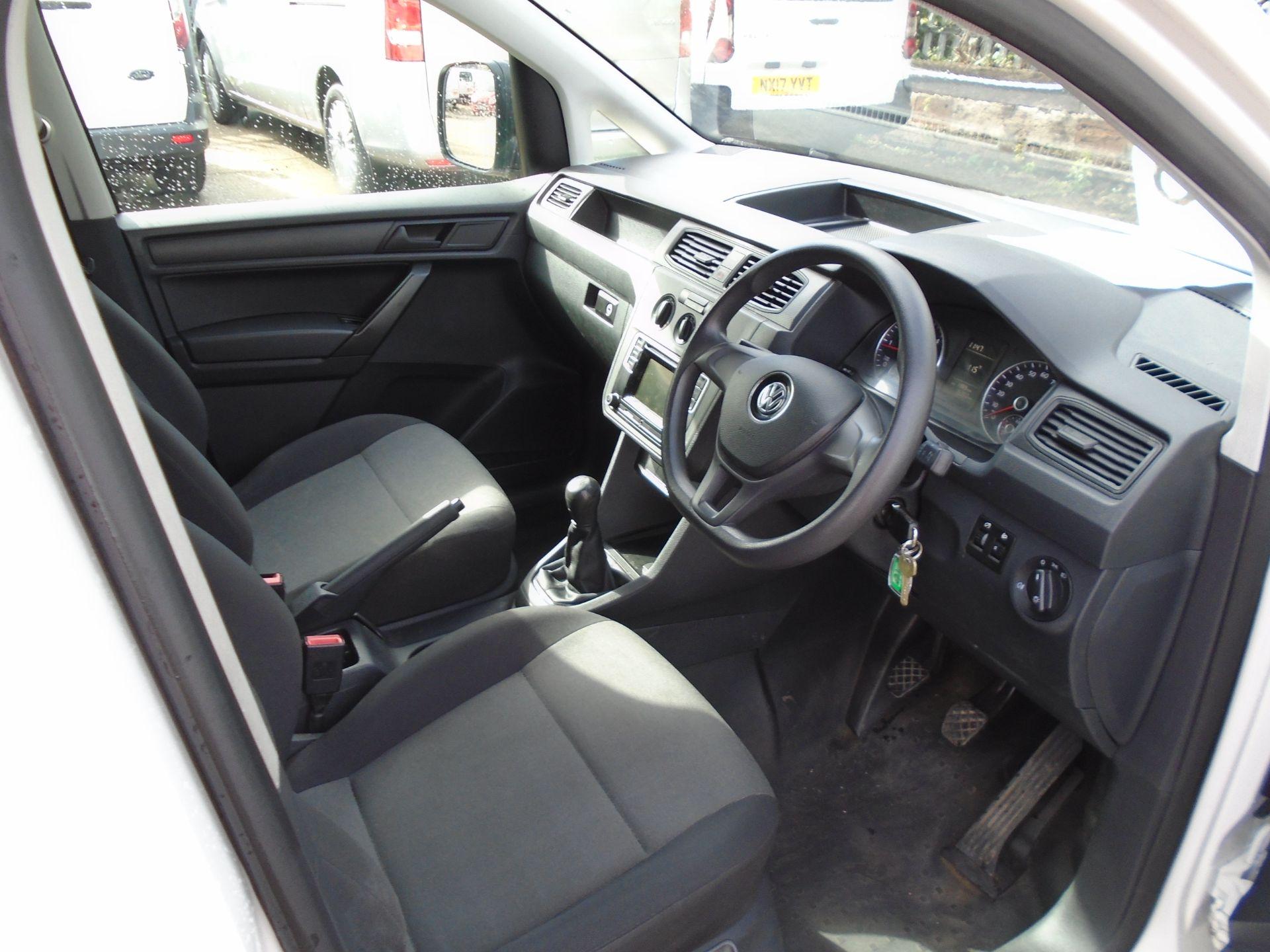 2017 Volkswagen Caddy 2.0 Tdi Bluemotion Tech 102Ps Startline Van (GJ17NZR) Image 9