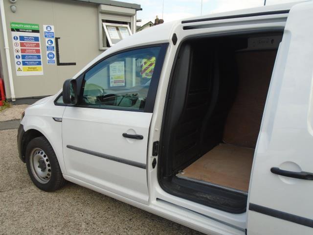 2017 Volkswagen Caddy Maxi 2.0 Tdi Bluemotion Tech 102Ps Startline Van (GJ17NZT) Image 15