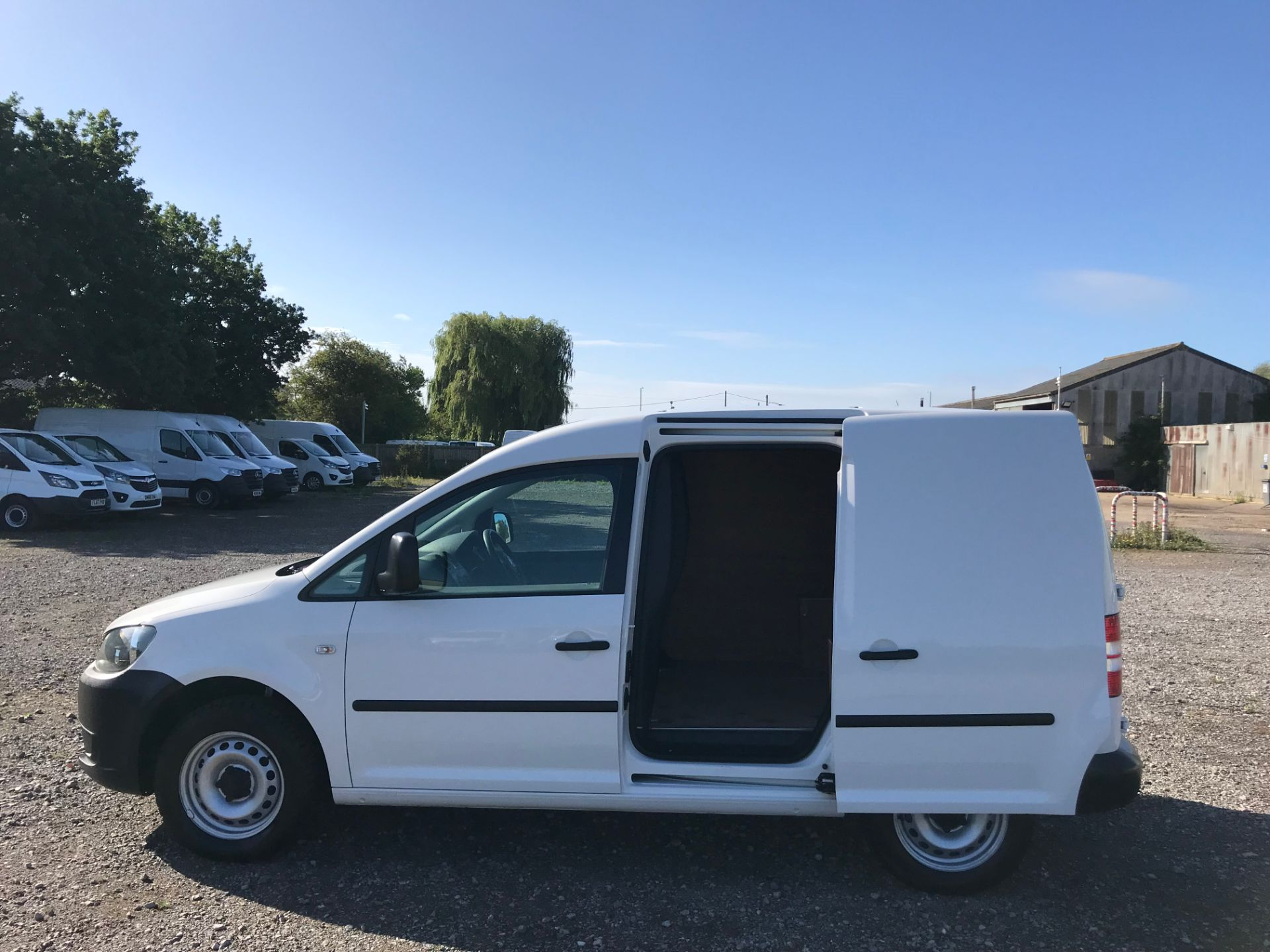 2017 Volkswagen Caddy 1.6 Tdi 75Ps Startline Van (GJ17OAV) Image 9