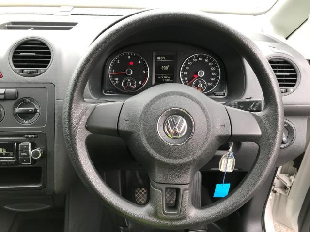2017 Volkswagen Caddy 1.6TDI 75PS STARTLINE EURO 5 (GJ17SXA) Image 10