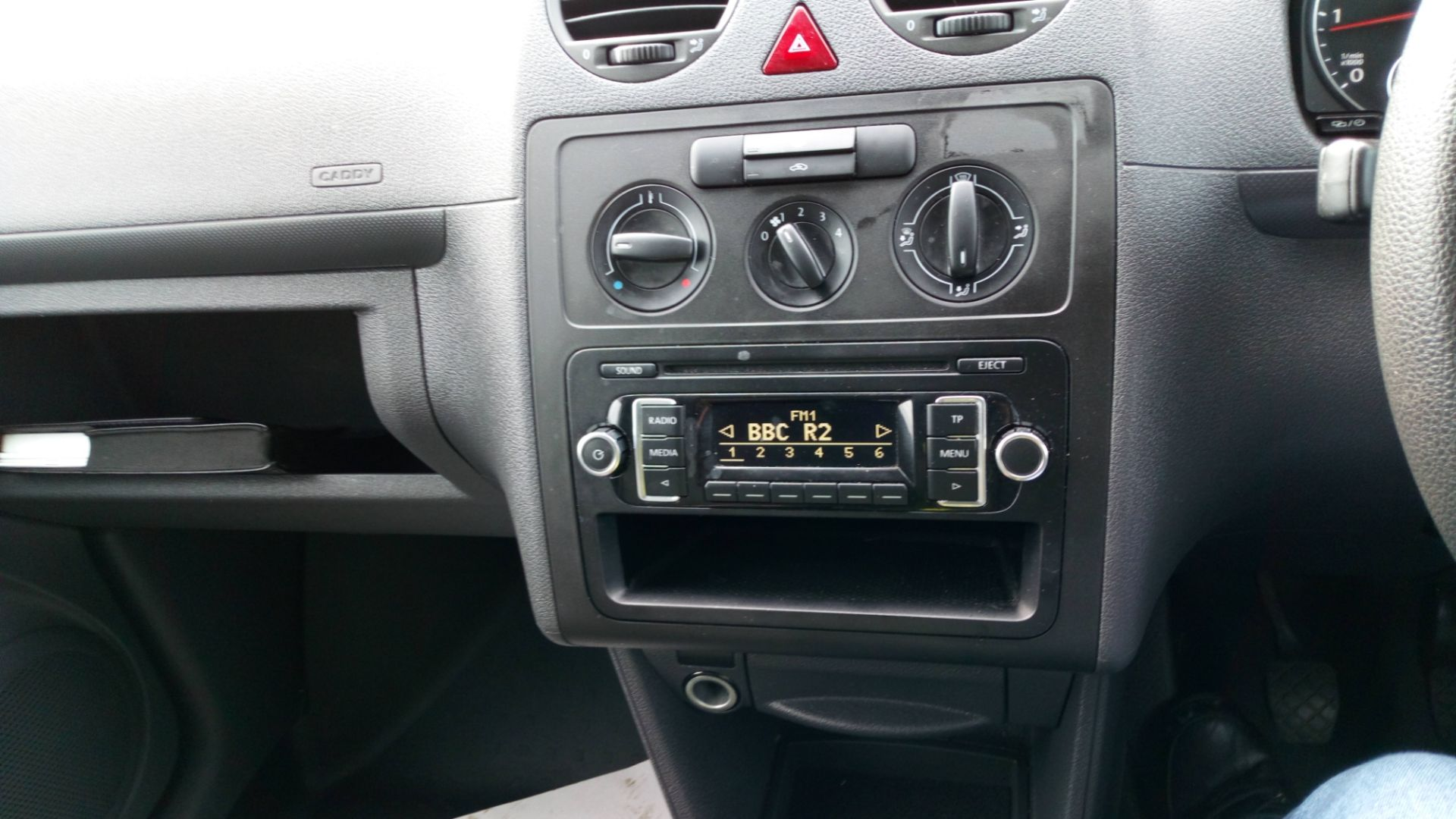 2017 Volkswagen Caddy 1.6 Tdi 75Ps Startline Van (GJ17SYS) Image 13