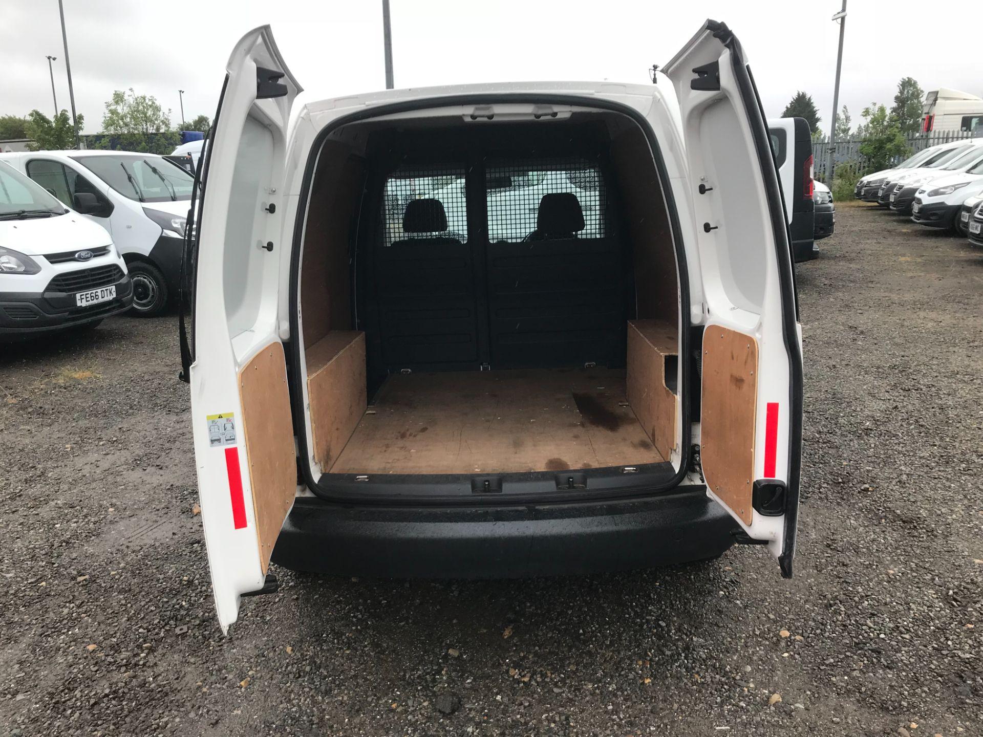 2017 Volkswagen Caddy 1.6 Tdi 75Ps Startline Van (GJ17SZD) Image 17