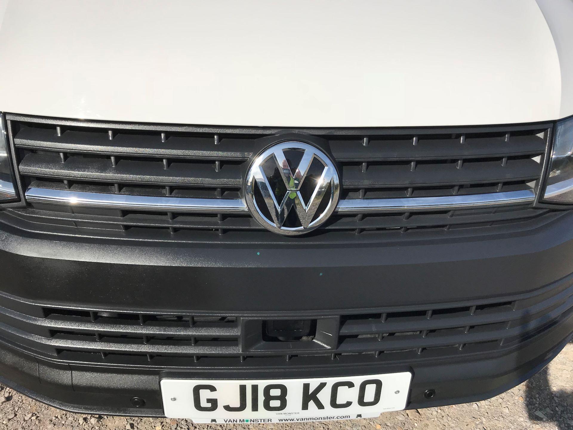 2018 Volkswagen Transporter  T30 LWB DIESEL 2.0 TDI BMT 102 STARTLINE VAN EURO 6 (GJ18KCO) Image 26