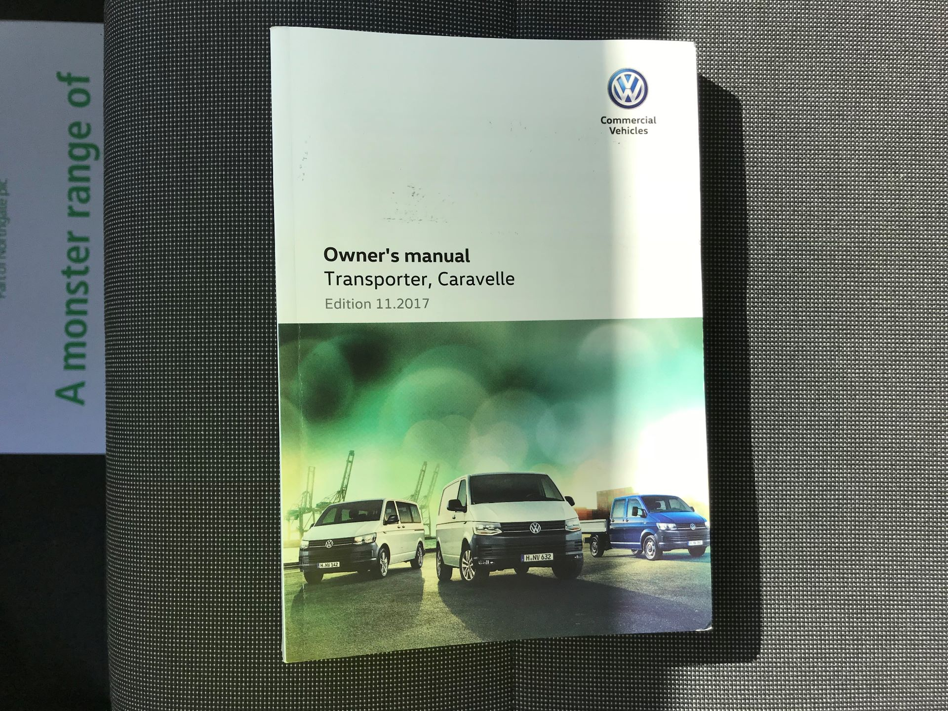 2018 Volkswagen Transporter  T30 LWB DIESEL 2.0 TDI BMT 102 STARTLINE VAN EURO 6 (GJ18KCO) Image 31