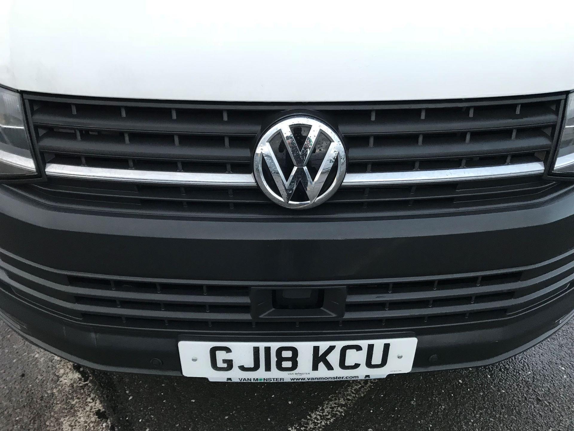2018 Volkswagen Transporter  T30 2.0 TDI BMT 102 PS Startline Euro 6  (GJ18KCU) Image 13