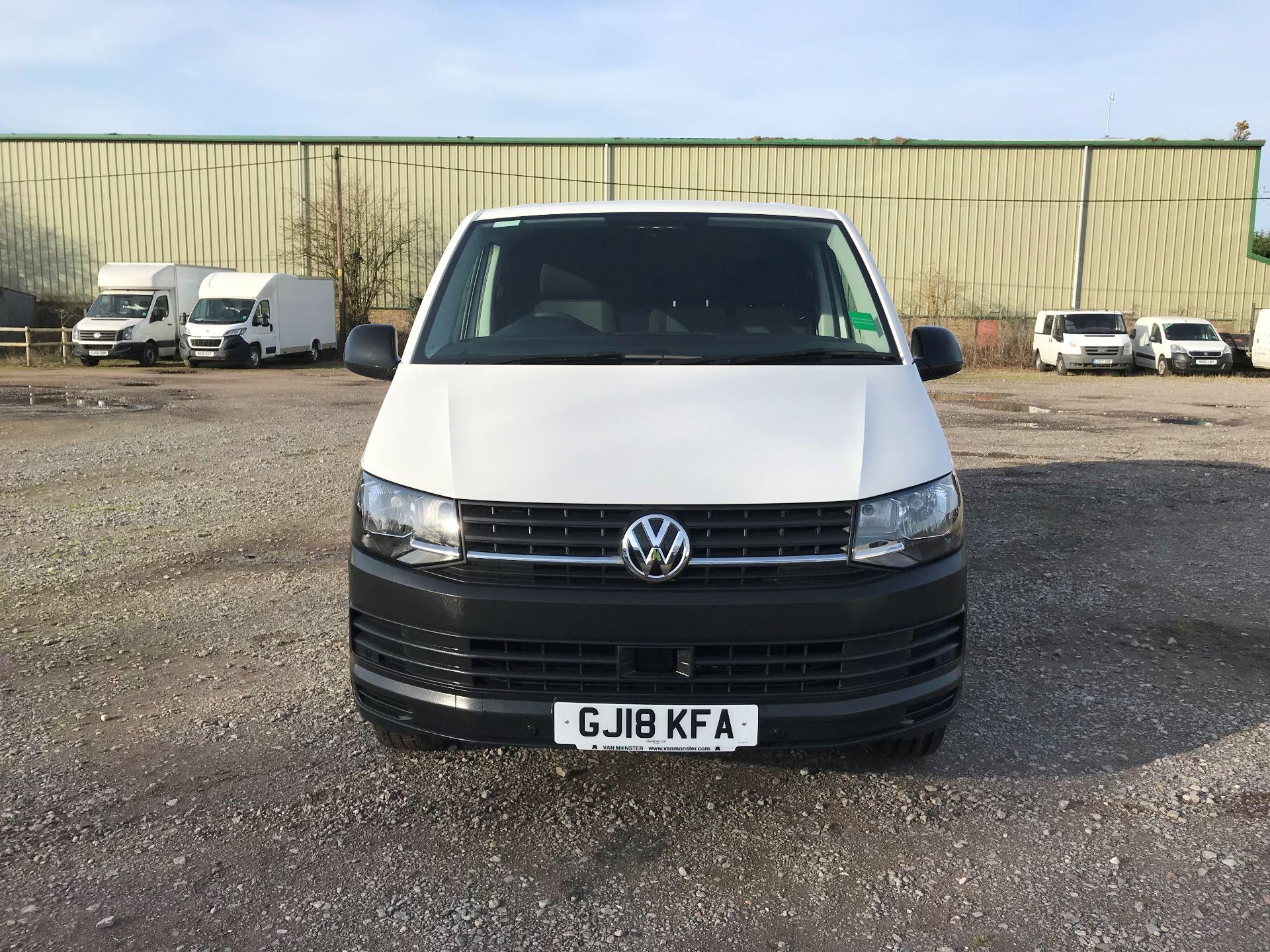2018 Volkswagen Transporter  T30 LWB DIESEL 2.0 TDI BMT 102 STARTLINE VAN EURO 6 (GJ18KFA) Image 2