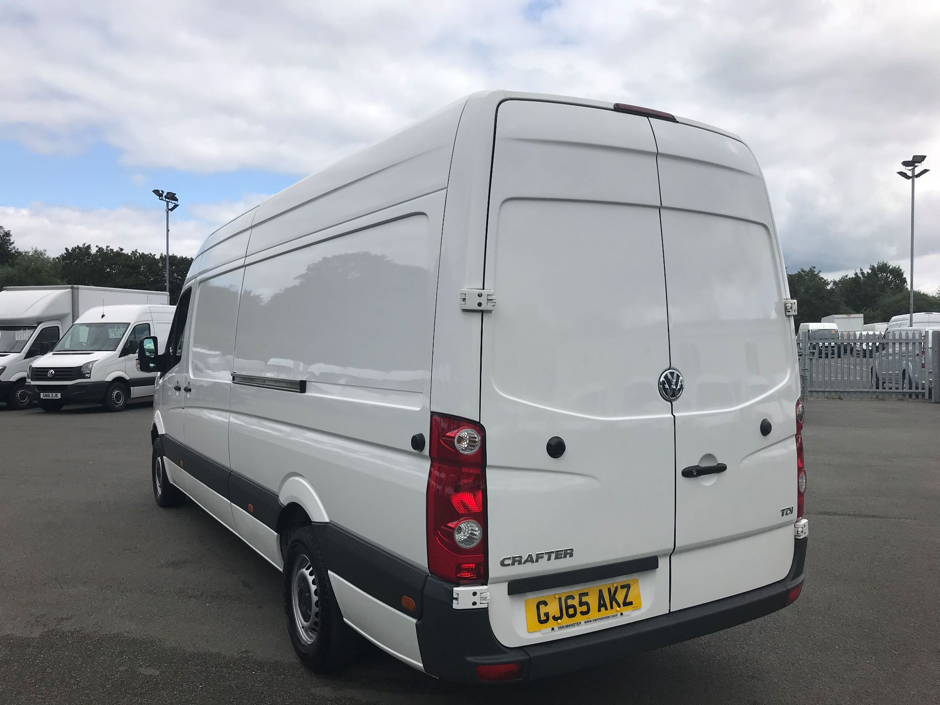 2015 Volkswagen Crafter  CR35 LWB 2.0 TDI 136PS HIGH ROOF EURO 5 (GJ65AKZ) Image 5